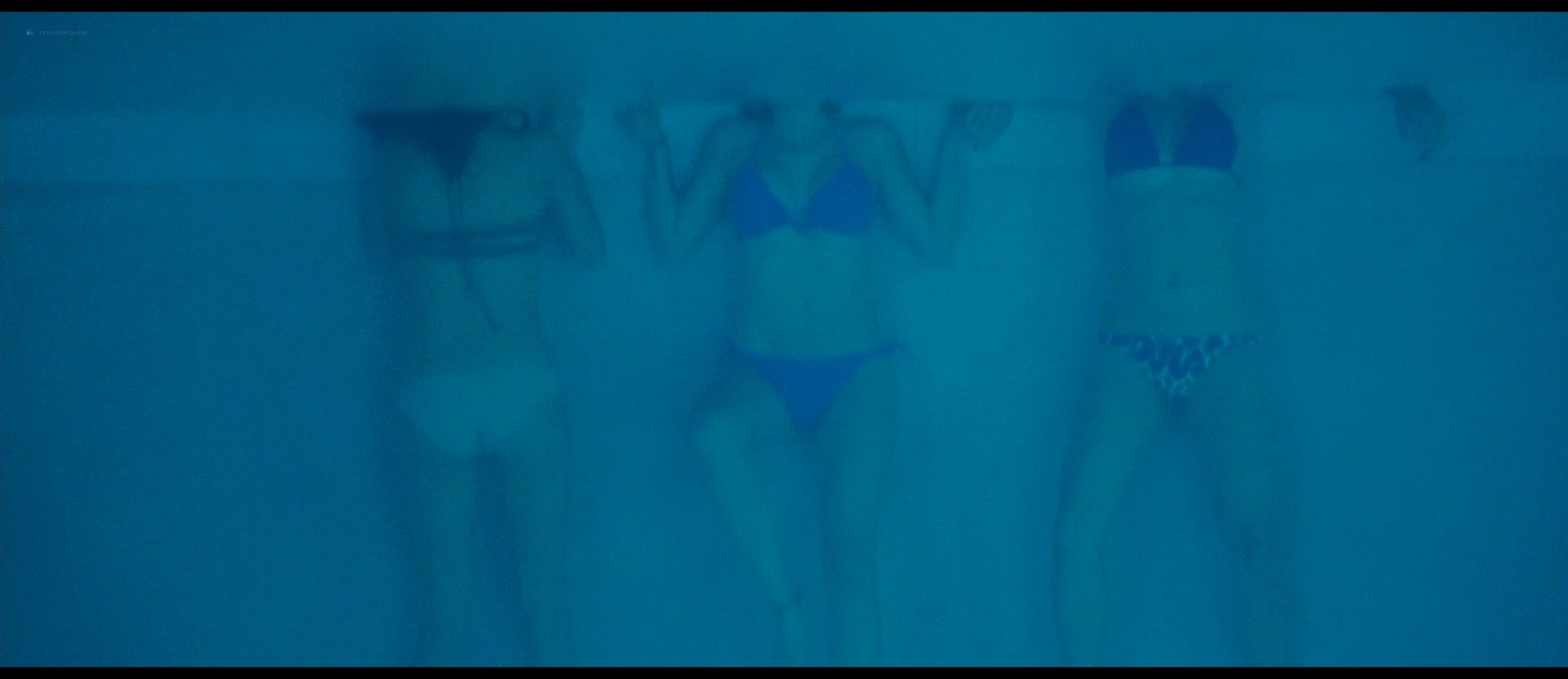 Ashley Benson nude skinny dipping others nude too - Spring Breakers (2012) HD 1080p BluRay (29)