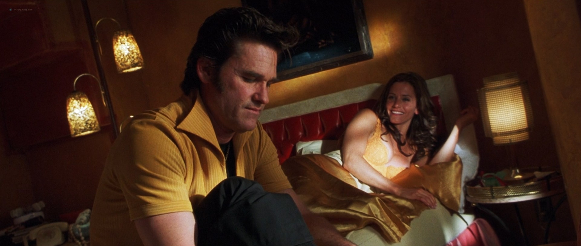 Courtney Cox hot and sex - 3000 Miles to Graceland (2001) HD 1080p BluRay (14)