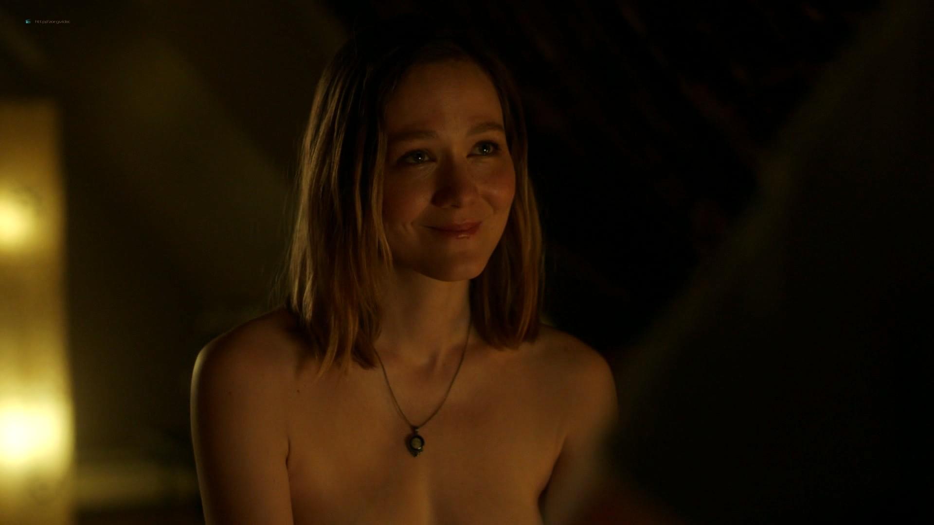 Louisa Krause nude side-boob Keren Dukes sexy - Ray Donovan (2019) s7e4 1080p (7)