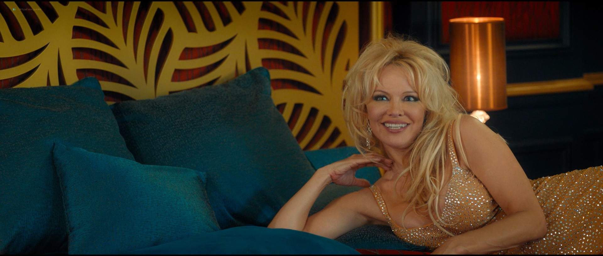 Pamela Anderson sexy Élodie Fontan and others hot - Nicky Larson et le parfum de Cupidon (2018) 1080p BluRay (4)