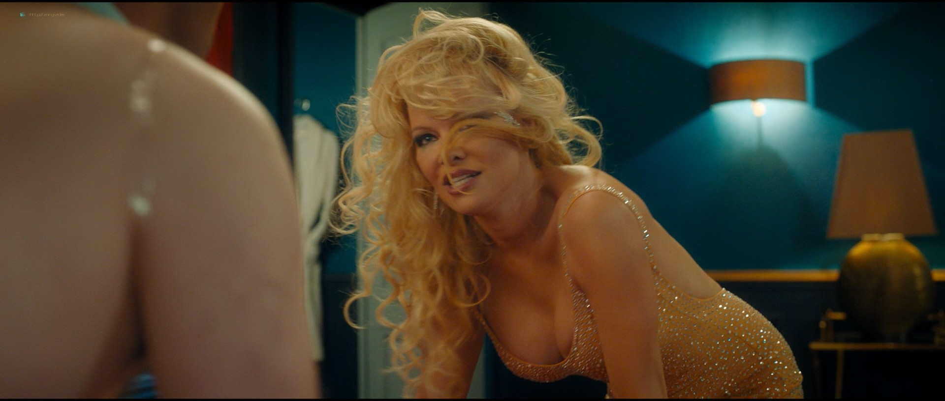 Pamela Anderson sexy Élodie Fontan and others hot - Nicky Larson et le parfum de Cupidon (2018) 1080p BluRay (3)