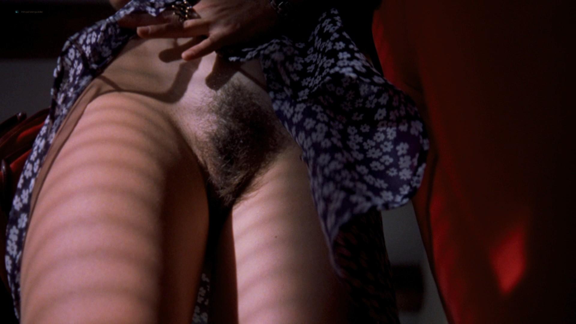Yuliya Mayarchuk nude sex explicit Francesca Nunzi, Leila Carli all nude - Trasgredire (2000) HD 1080p BluRay (24)