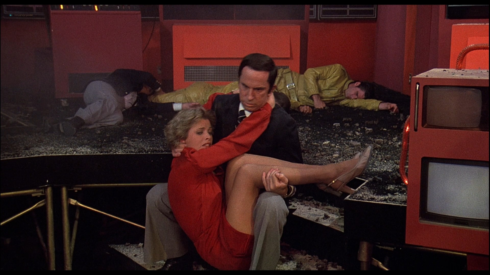 Cheré Bryson busty see through Andrea Howard, Pamela Hensley hot - The Nude Bomb (1980) HD 1080p BluRay (3)