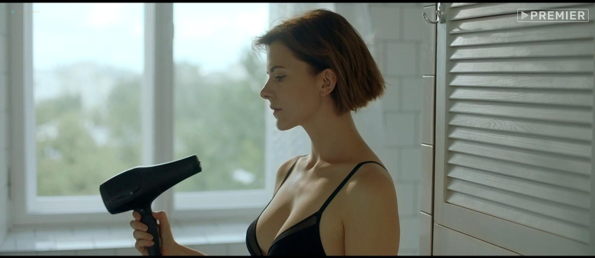 Evgeniya Gromova nude full frontal explicit blow job too - Fidelity (RU-2019) HD 1080p Web (17)