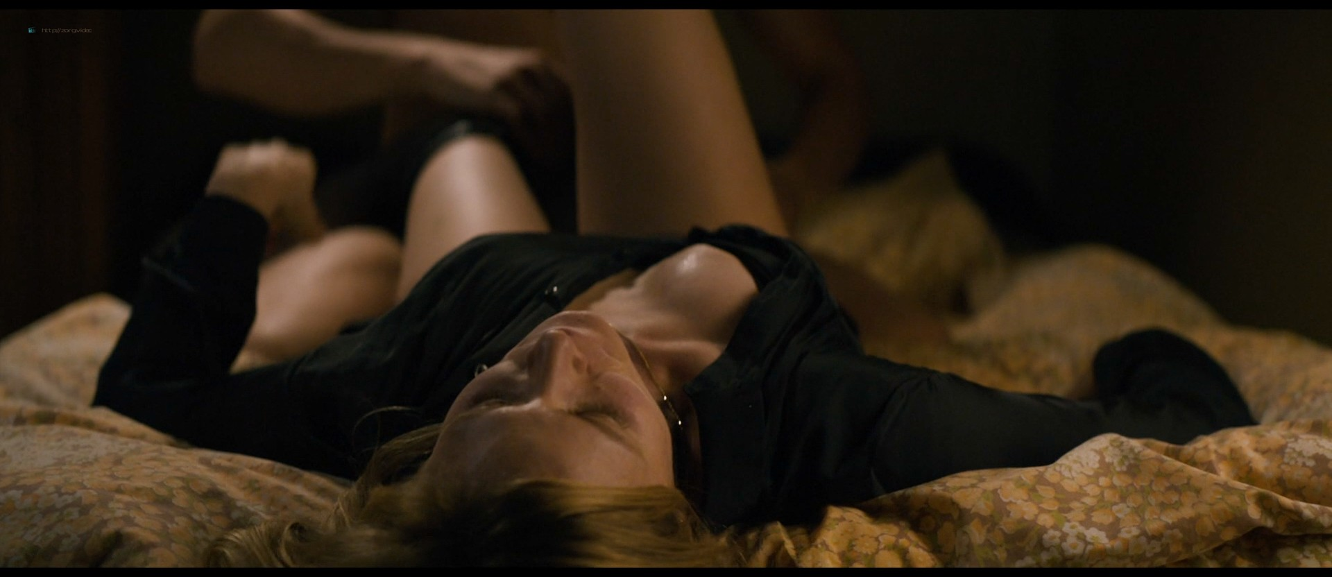 Julia Jentsch nude topless Luise Heyer nude - Auf Einmal (2016) HD 1080p Web (8)