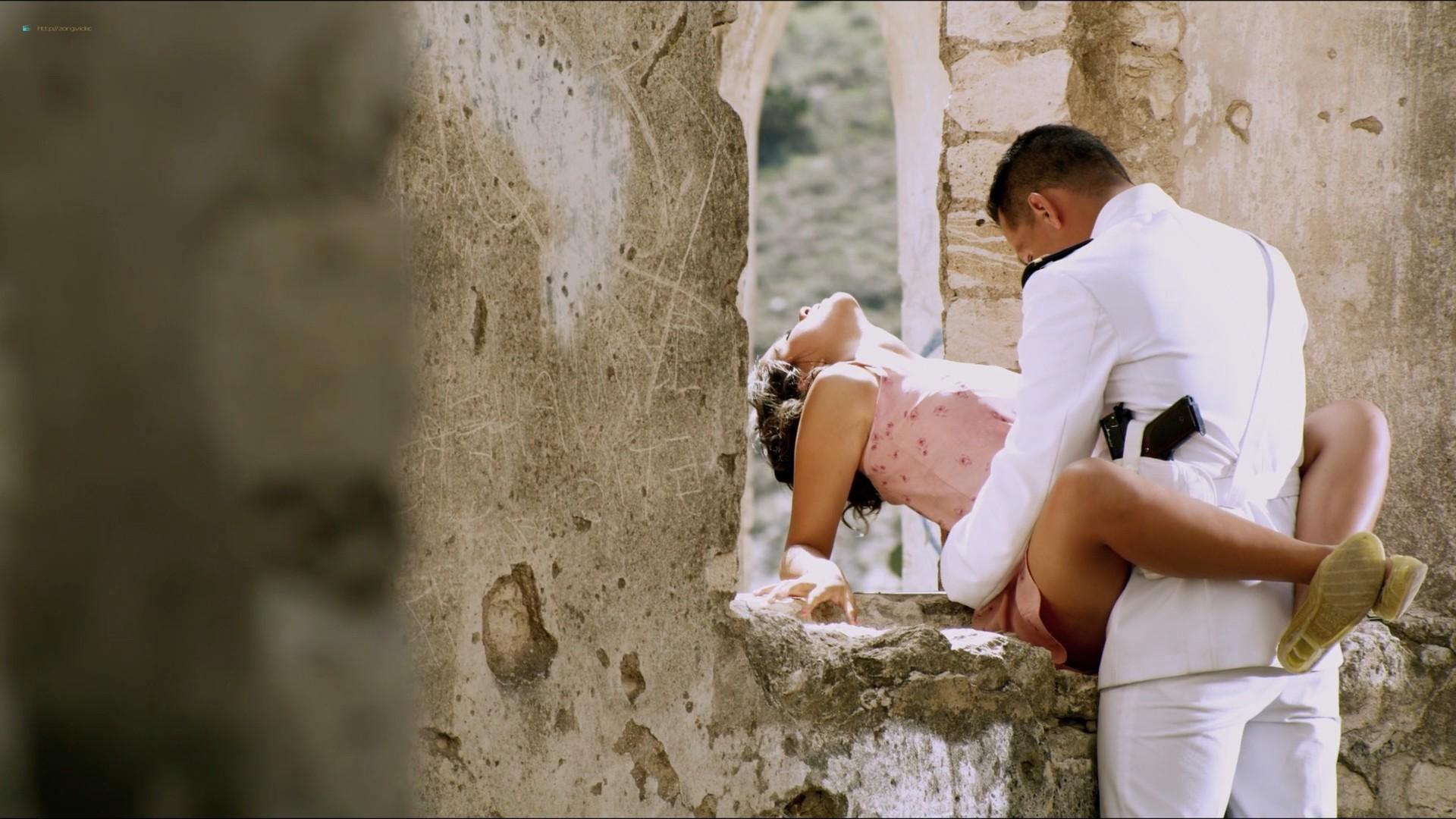 Leonor Varela hot and sex Paulina Gaitan, Paola Nuñez, and others hot and nude - Deseo (2013) HD 1080p Web (14)