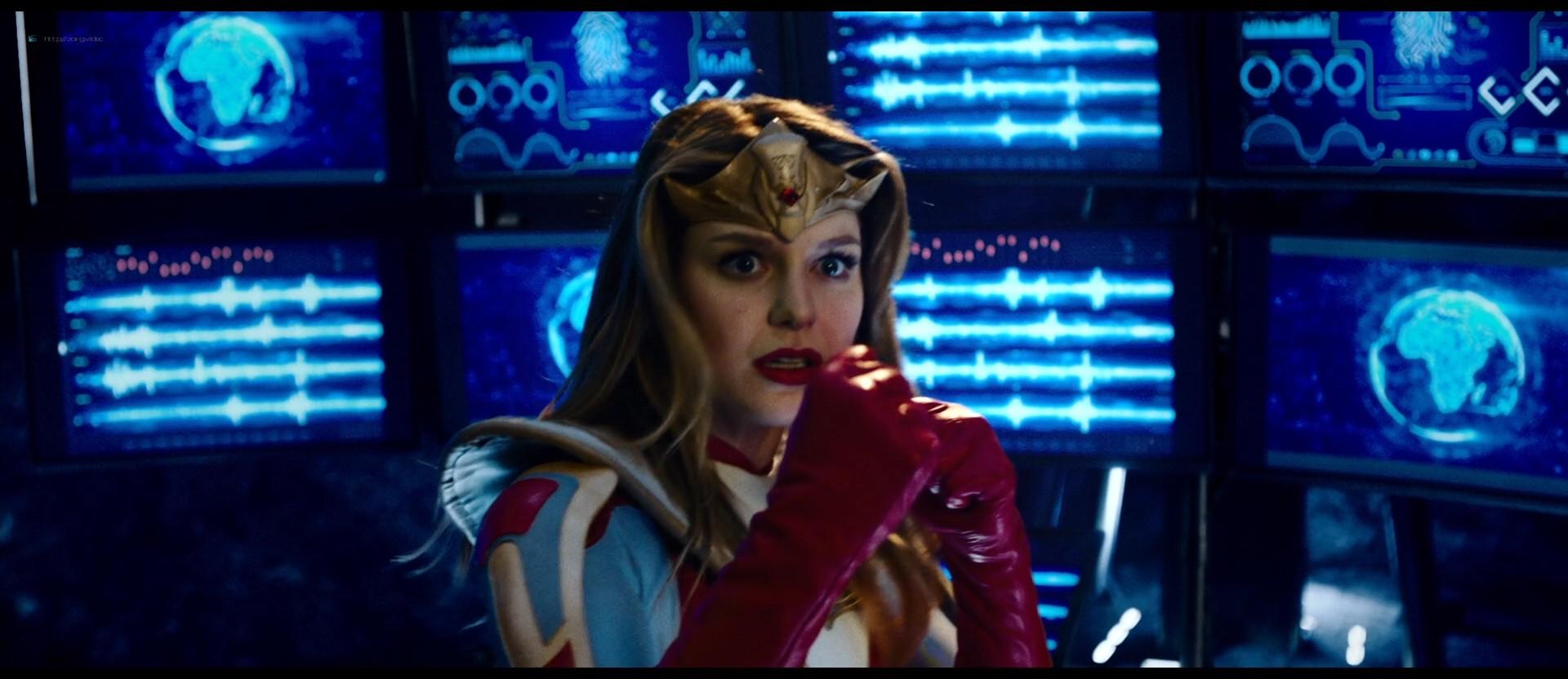 Melissa Benoist hot Shannon Elizabeth sexy - Jay and Silent Bob Reboot (2019) HD 1080p BluRay (2)
