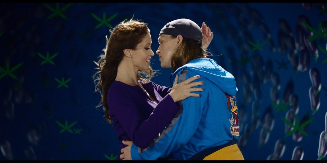 Melissa Benoist hot Shannon Elizabeth sexy - Jay and Silent Bob Reboot (2019) HD 1080p BluRay (14)