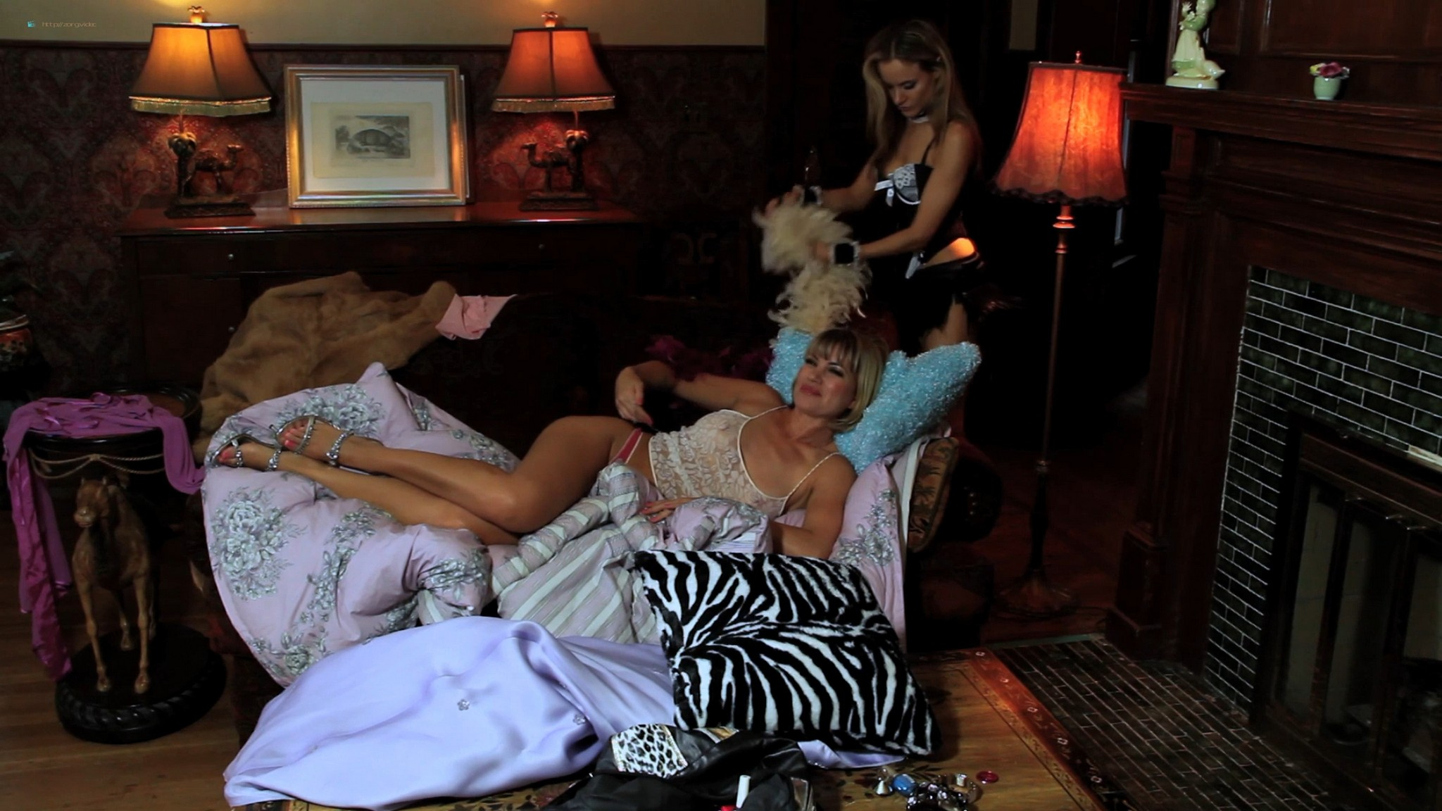 Rena Riffel nude topless - Showgirls 2: Penny's from Heaven (2011) HD 1080p Web (13)