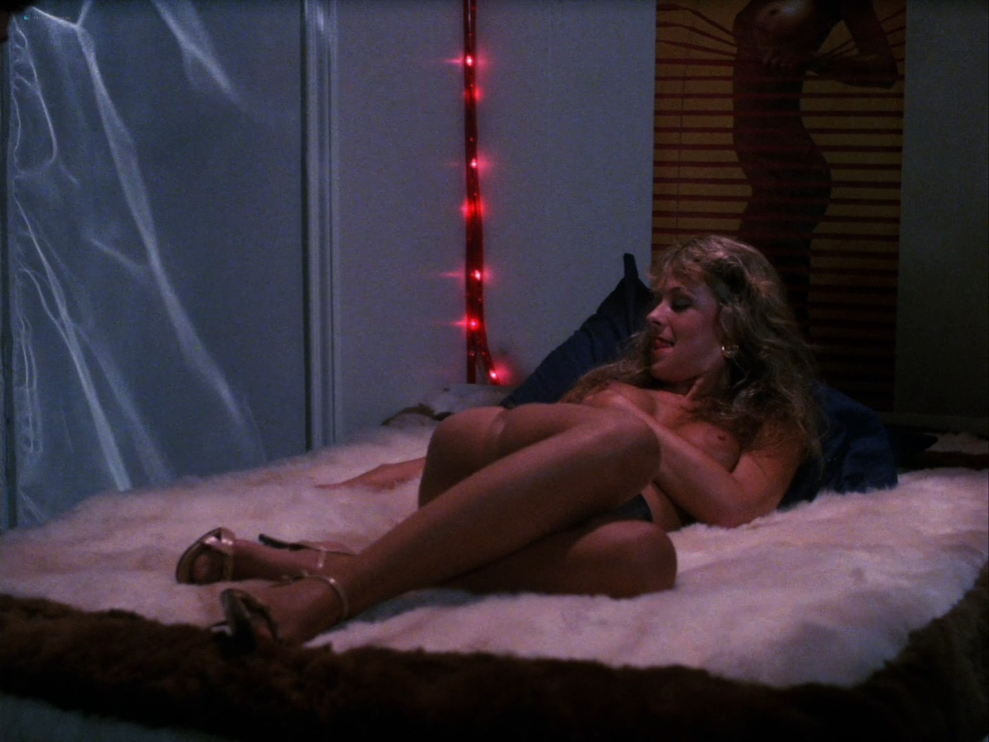 Samantha Fox nude Veronica Hart, Suzanne Vale and others nude and sex - Sex Appeal (1986) HD 1080p Web (14)