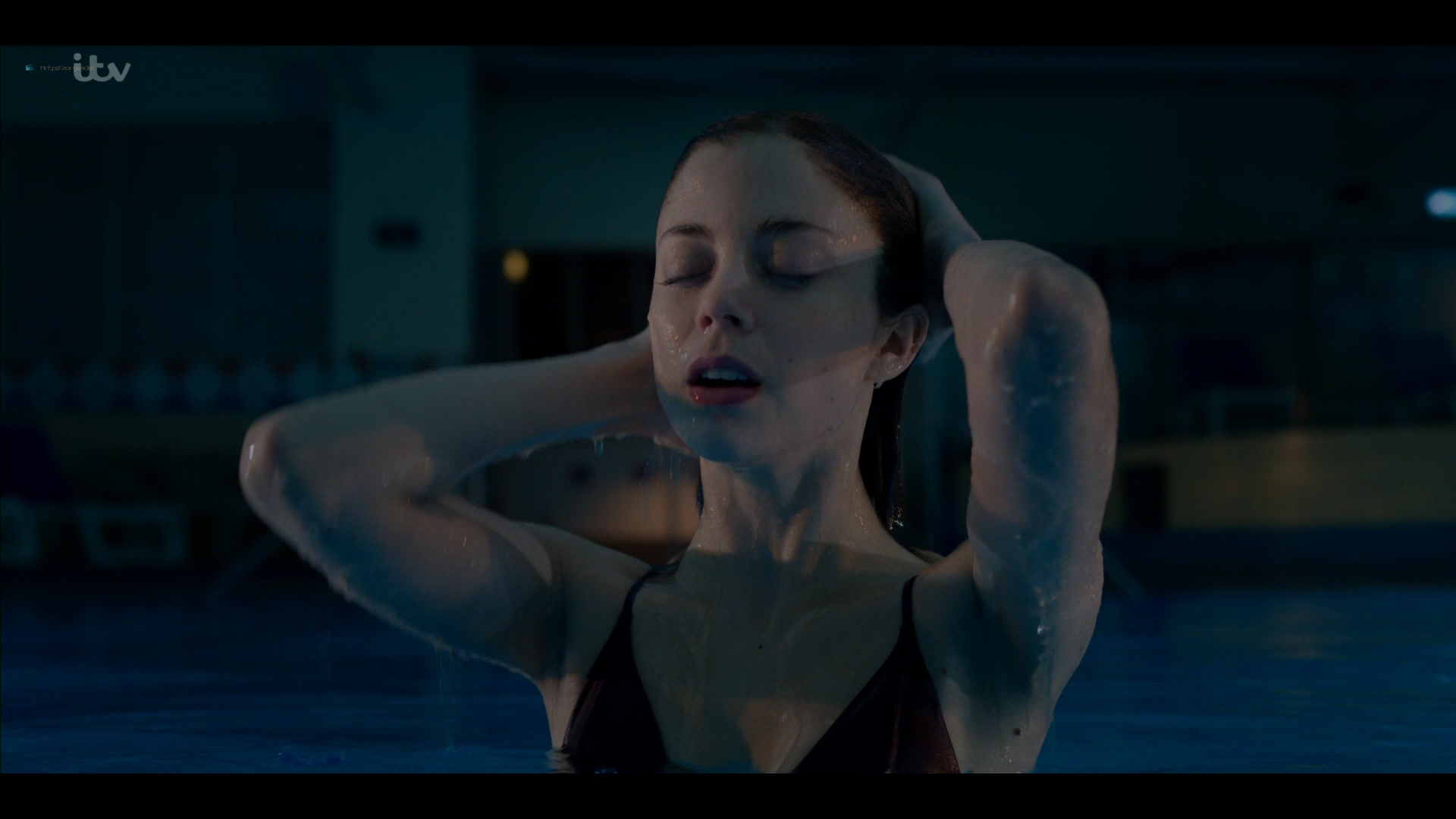 Charlotte Hope nude and sex in the pool - Bancroft (2019) s2e1 HD 1080p (16)