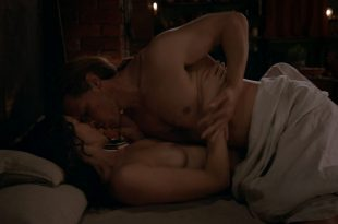 Caitriona Balfe nude sex Sophie Skelton nude too - Outl@nder (2020) 5.01 HD 1080p Web