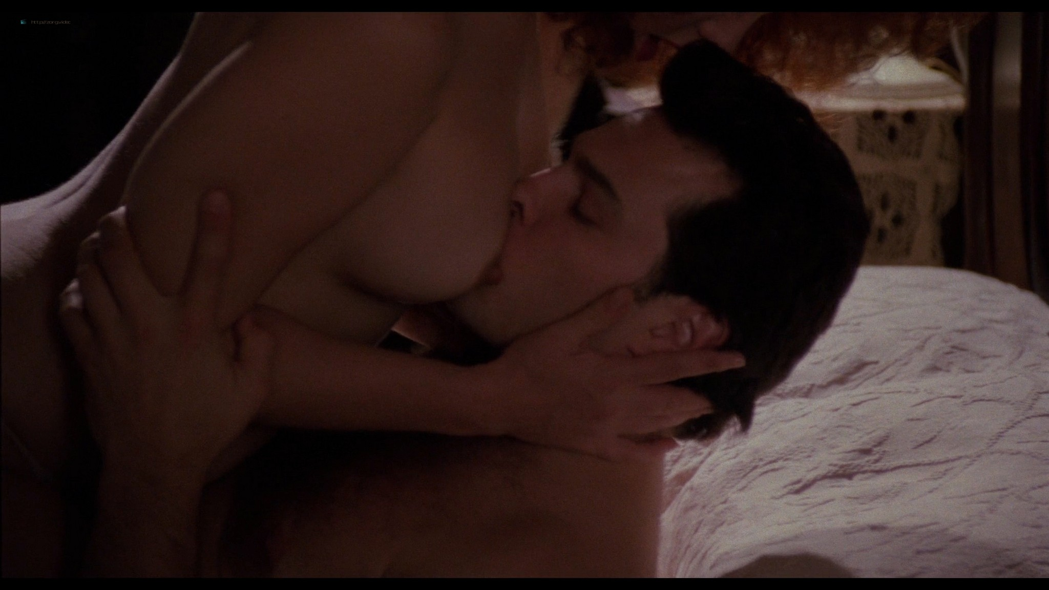 Jennifer Delora nude hot sex - Deadly Manor (1990) HD 1080p BluRay (9)