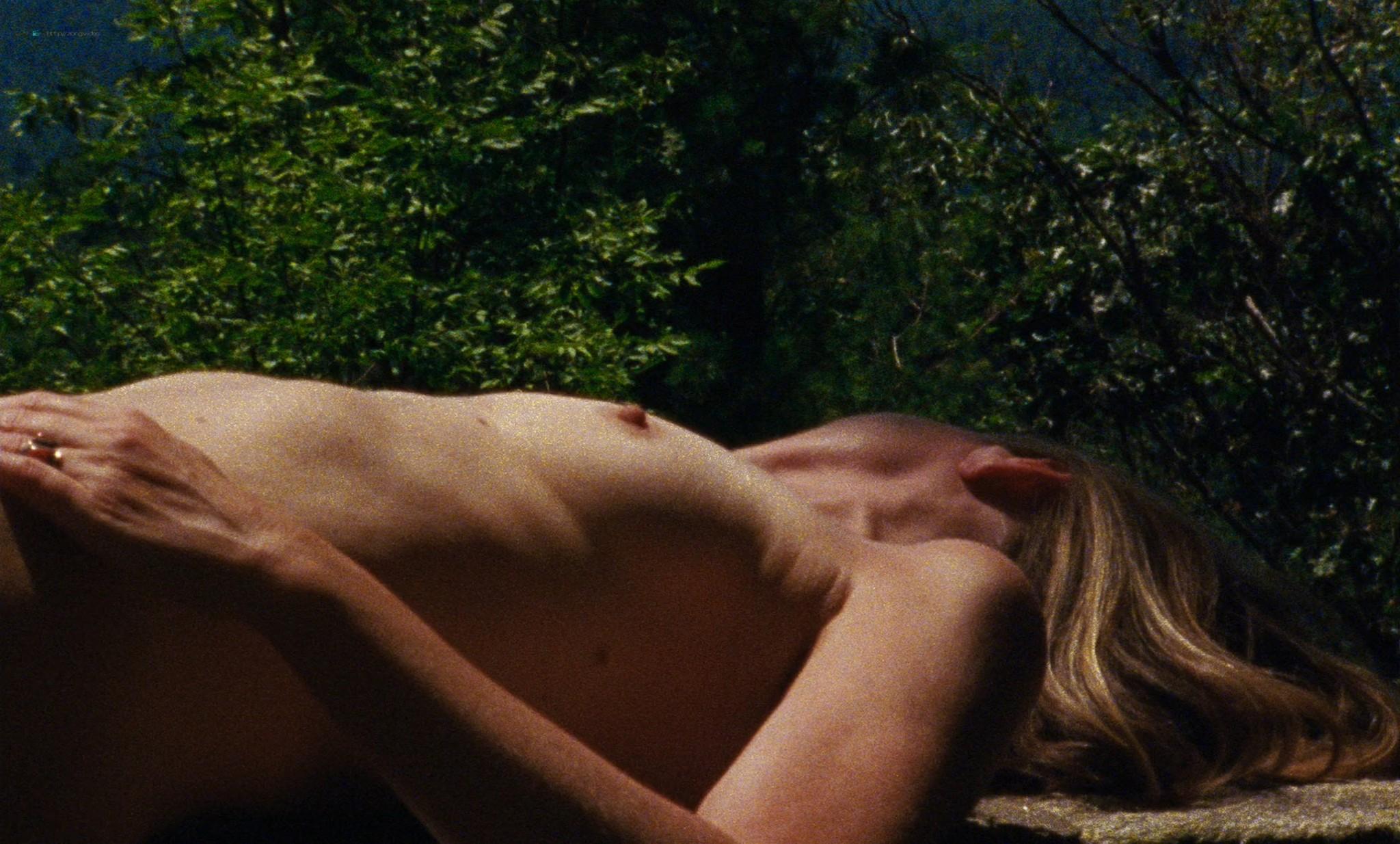 Natalia Dyer sexy Karin Eaton nude - Mountain Rest (2018) HD 1080p Web (4)