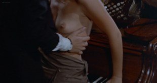 Britt Ekland nude topless and butt - Endless Night (1972) HD 1080p BluRay (11)