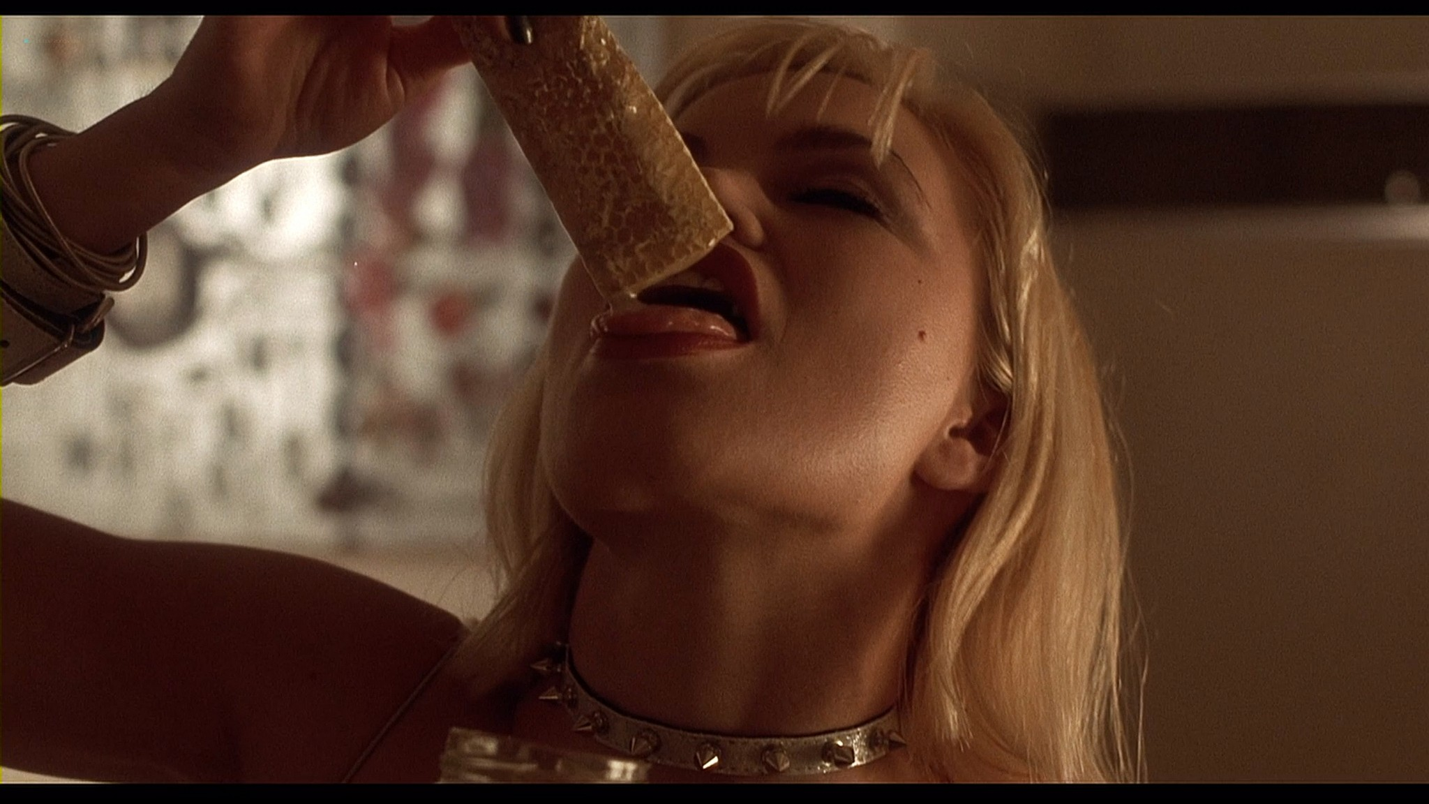 Donna D'Errico hot Rena Riffel and others nude - Candyman 3 (1999) HD 1080p BluRay (r) (12)