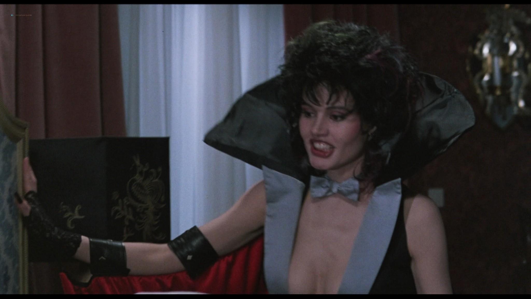 Geena Davis hot and sexy Ksenia Prohaska sexy - Transylvania 6-5000 (1985) HD 1080p BluRay (17)