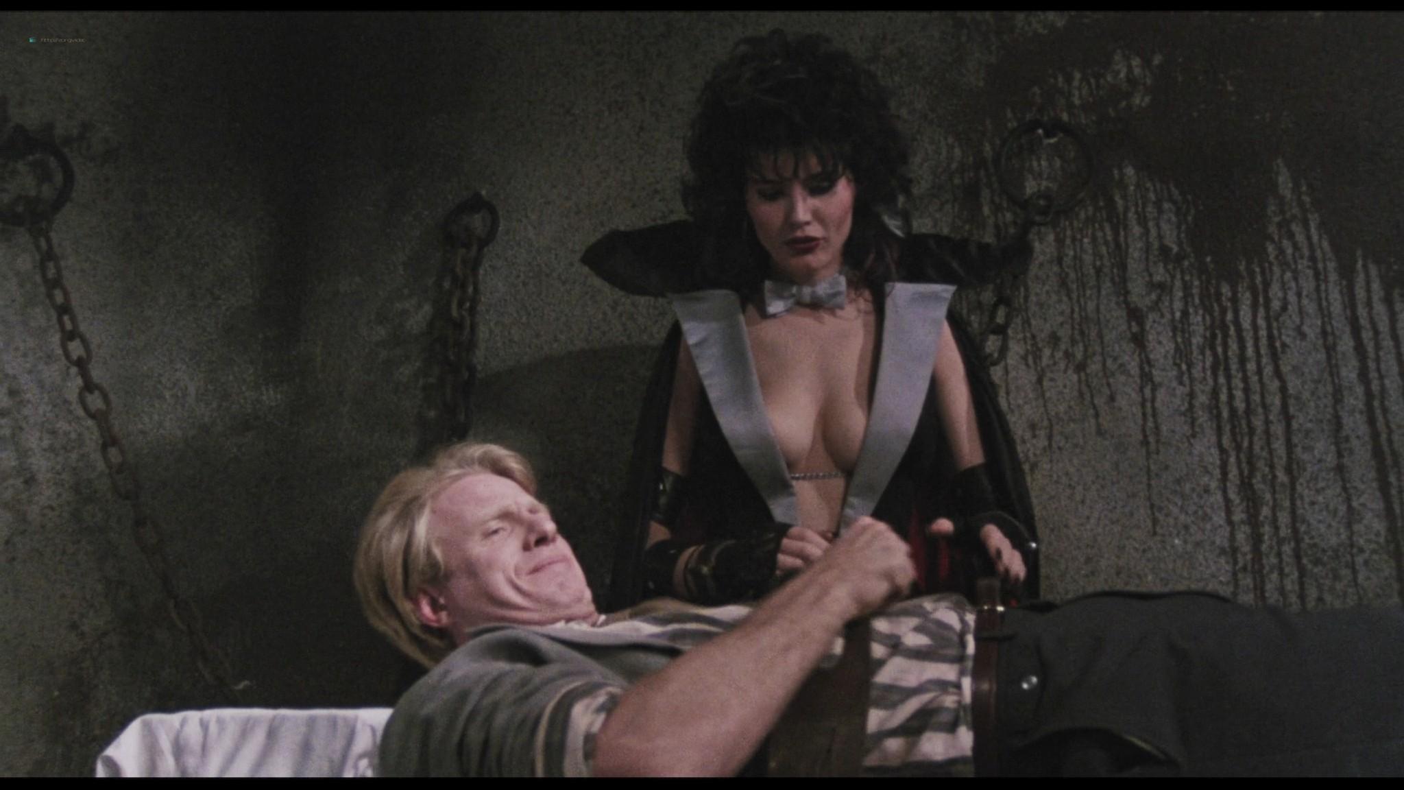 Geena Davis hot and sexy Ksenia Prohaska sexy - Transylvania 6-5000 (1985) HD 1080p BluRay (5)