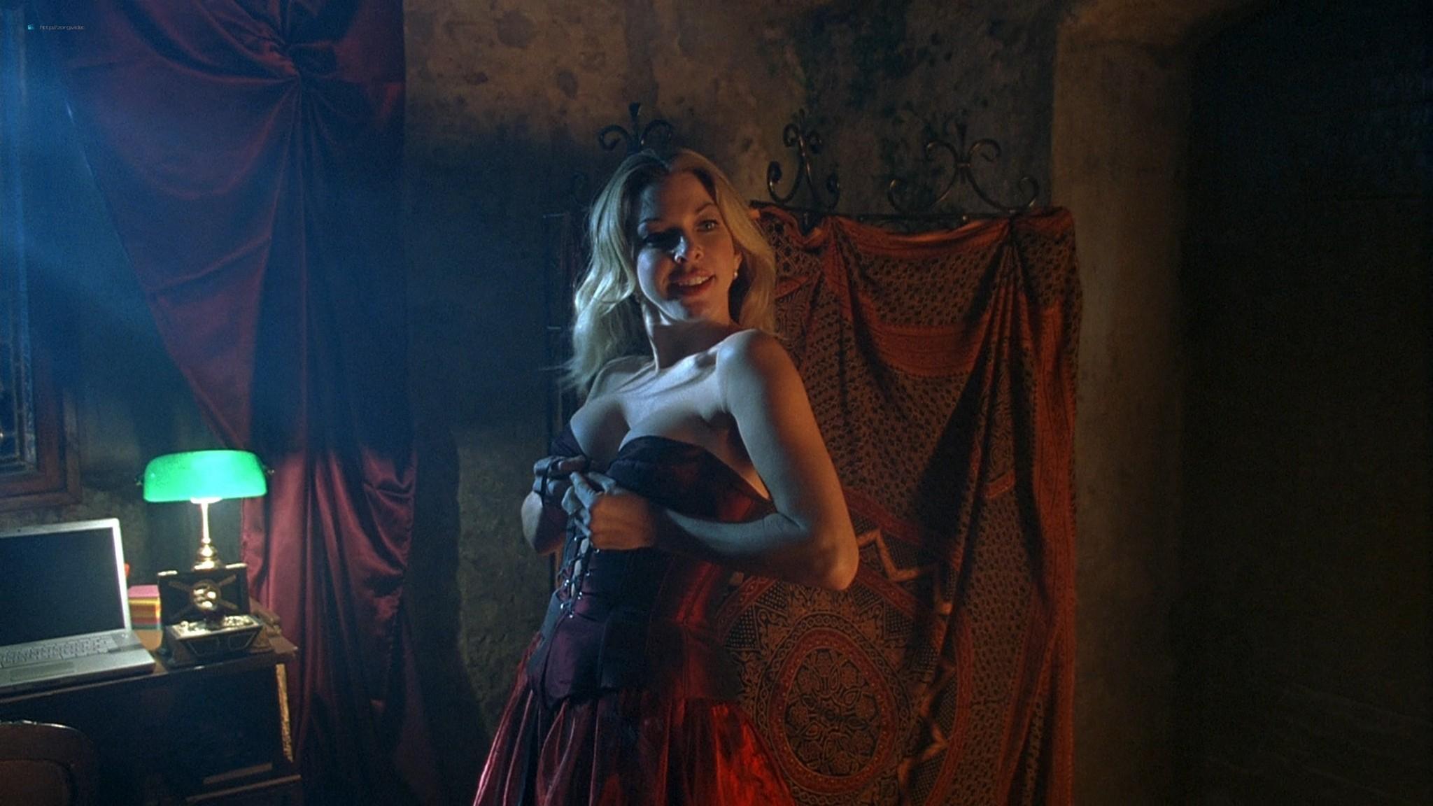 Jennifer Lyons hot Simon Petric, Desiree Malonga and others nude - Transylmania (2009) HD 1080p BluRay (r) (12)
