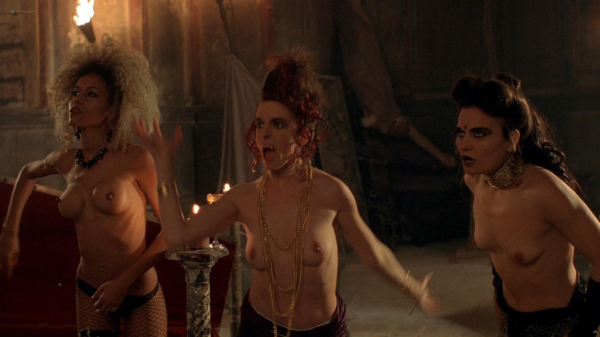Jennifer Lyons hot Simon Petric, Desiree Malonga and others nude - Transylmania (2009) HD 1080p BluRay (r) (6)