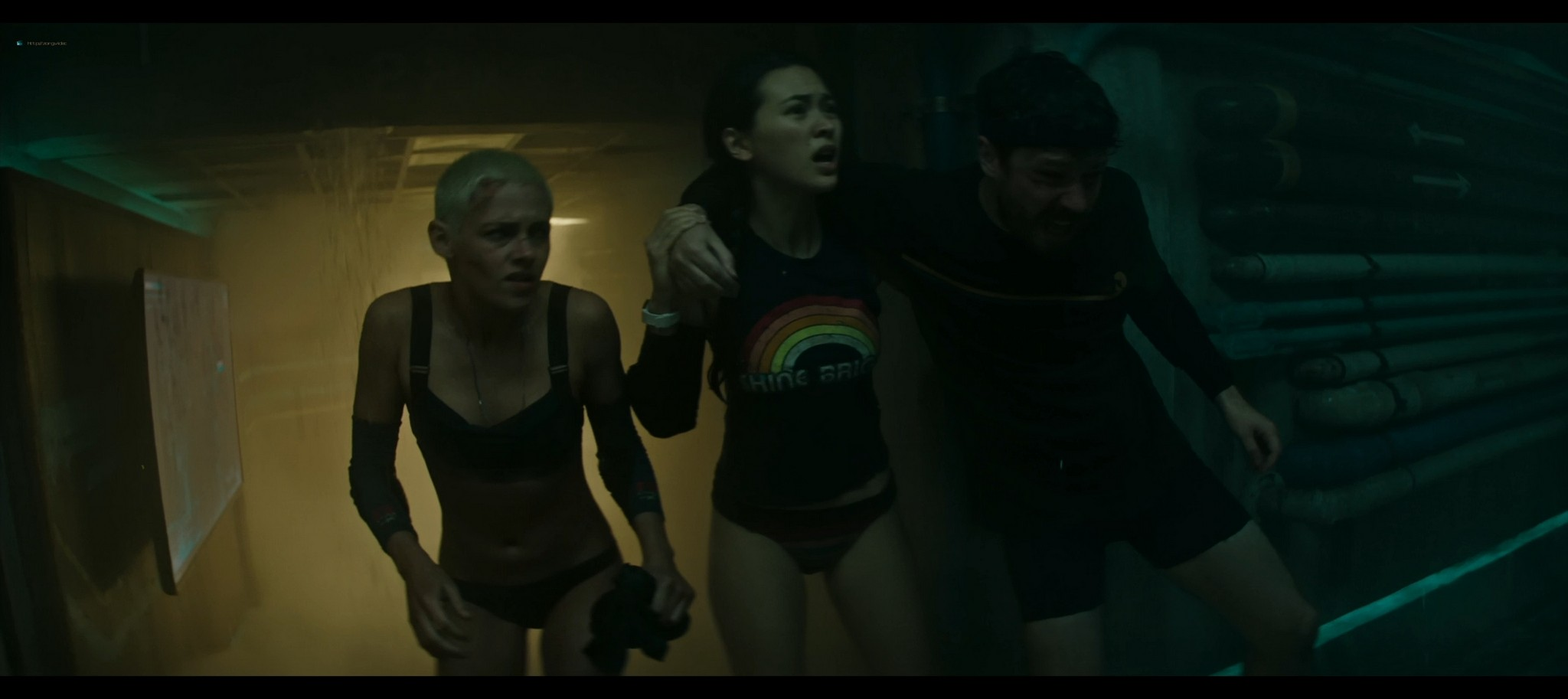 Kristen Stewart sexy Jessica Henwick hot Underwater 2020 HD 1080p BLuRay REMUX 12