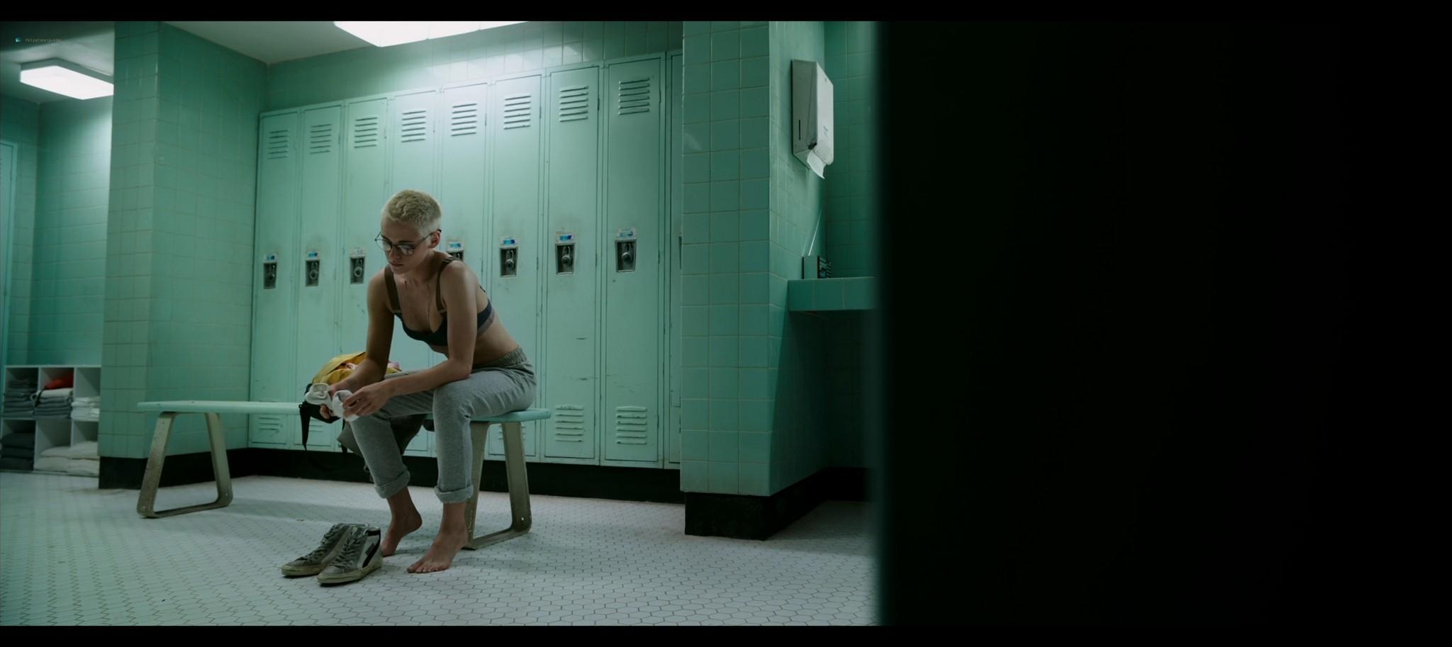 Kristen Stewart sexy Jessica Henwick hot Underwater 2020 HD 1080p BLuRay REMUX 3