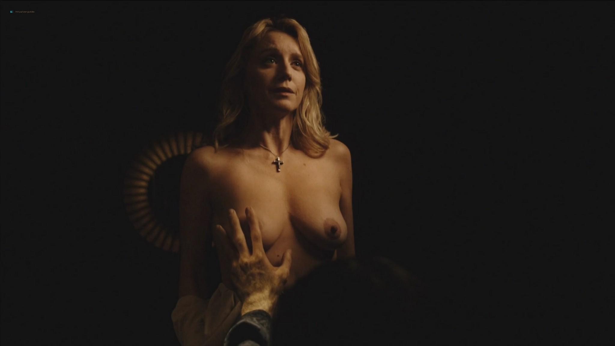 Ludivine Sagnier nude Eco Andriolo Ranzi, Cécile de France nude too (11)