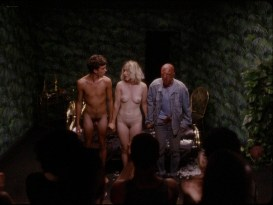 Sarah-Megan Allouch nude Mathilde Mennetrier nude sex - Les îles (2017) HD 1080p