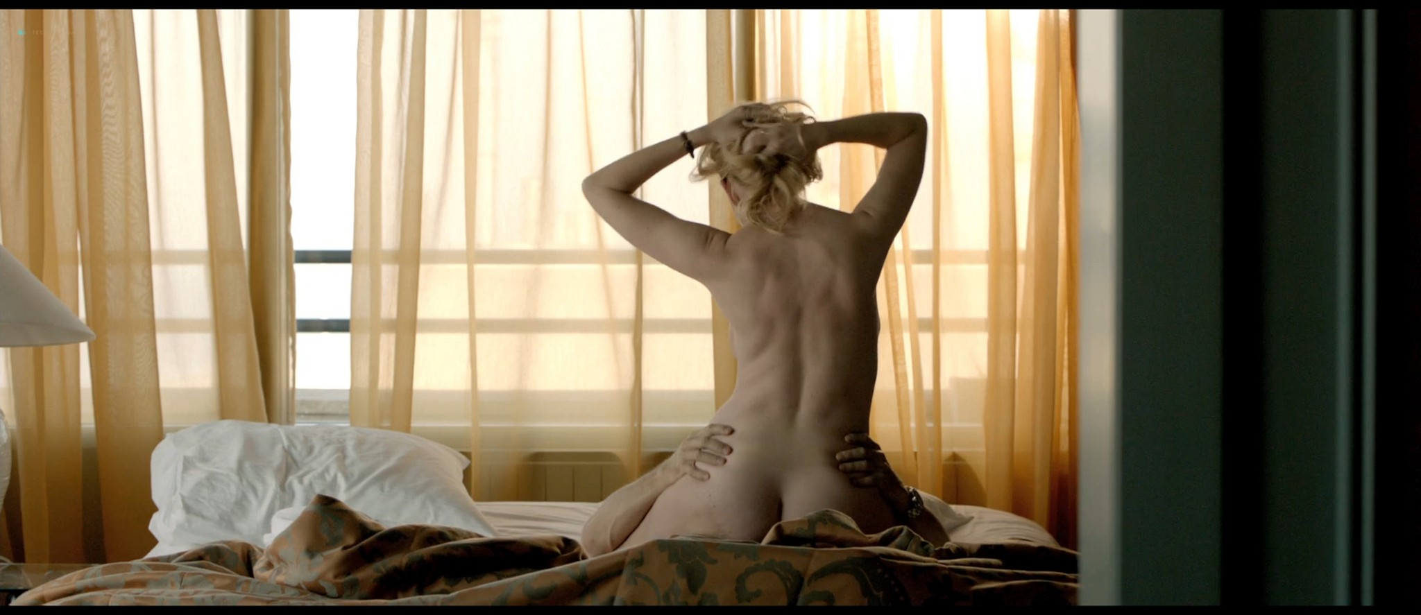 Tjitske Reidinga nude and some sex - De verbouwing (2012) HD 1080p BluRay (5)
