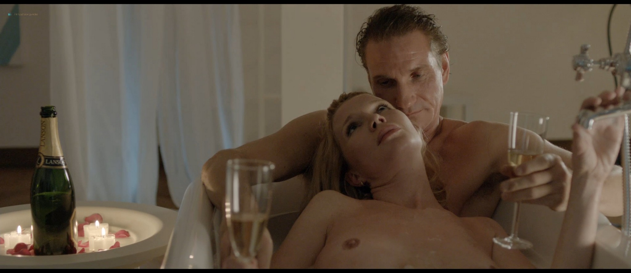 Tjitske Reidinga nude and some sex - De verbouwing (2012) HD 1080p BluRay (3)