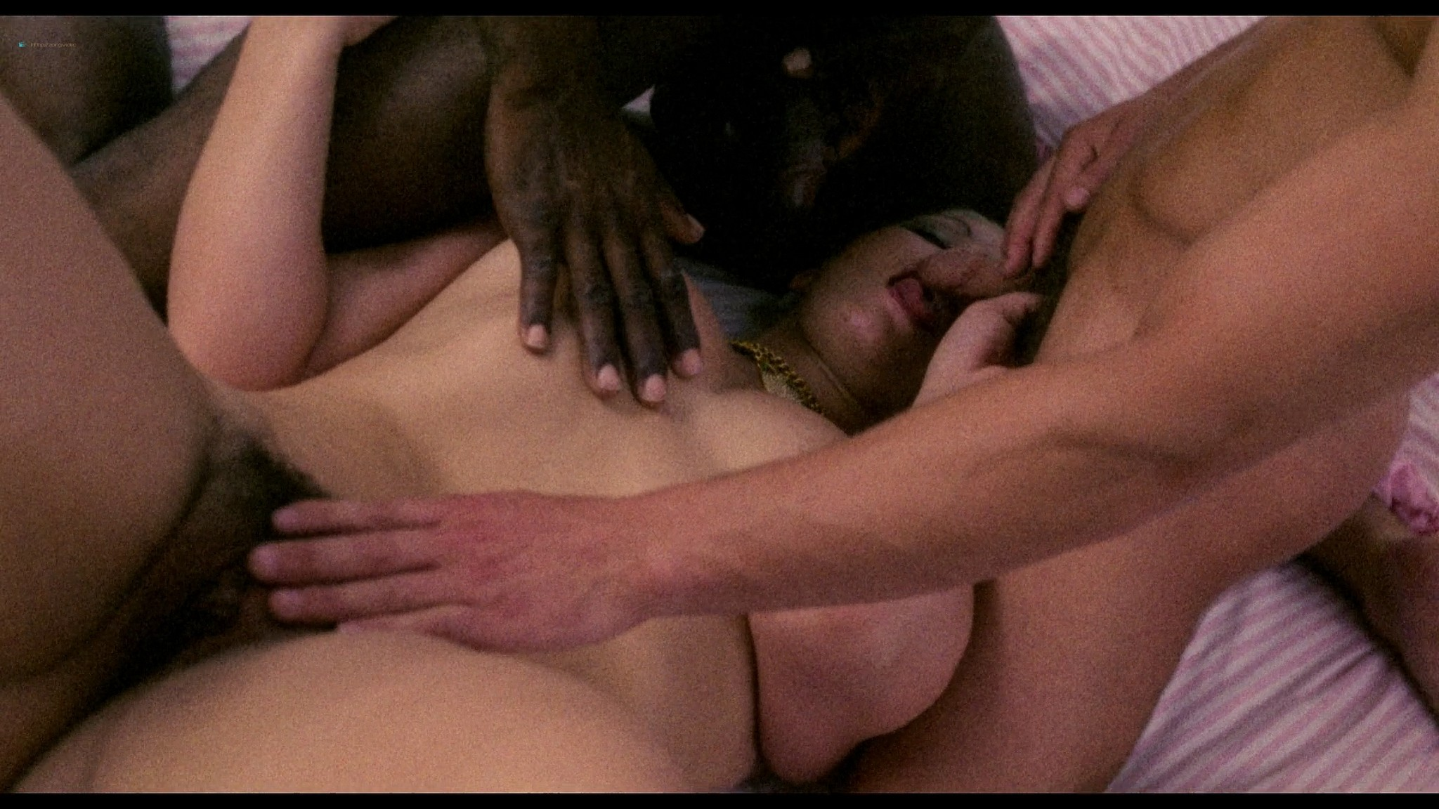 Laura Gemser nude full frontal other nude explicit sex - Emanuelle in America (1976) HD 1080p BluRay (7)
