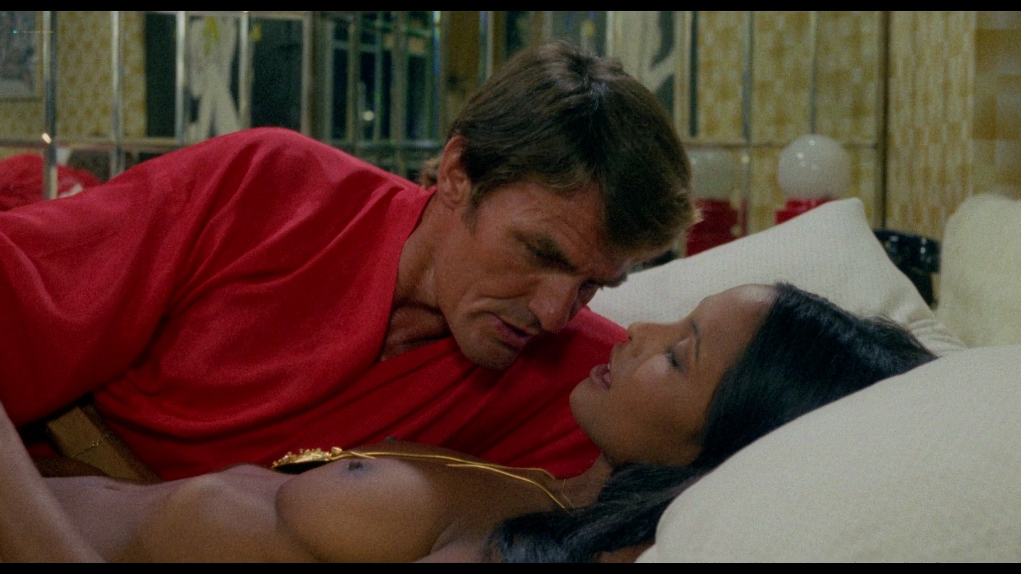 Laura Gemser nude full frontal other nude explicit sex - Emanuelle in America (1976) HD 1080p BluRay (4)