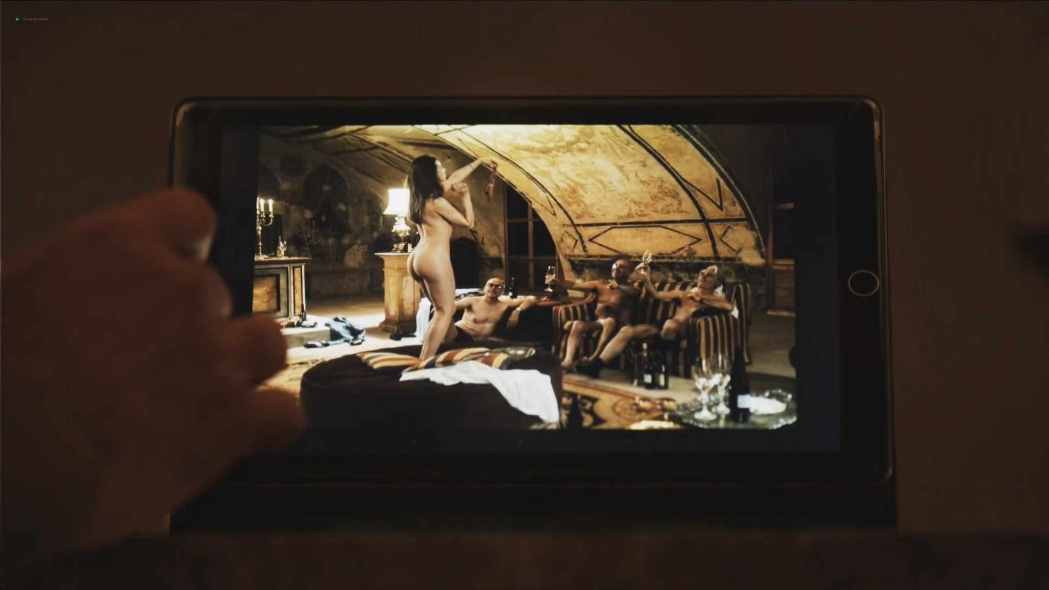 Ludivine Sagnier nude full frontal Yulia Snigir, Chiara Mocci, Daria Baykalova nude - New P0pe (2019) s1e7-9 HD 1080p (8)
