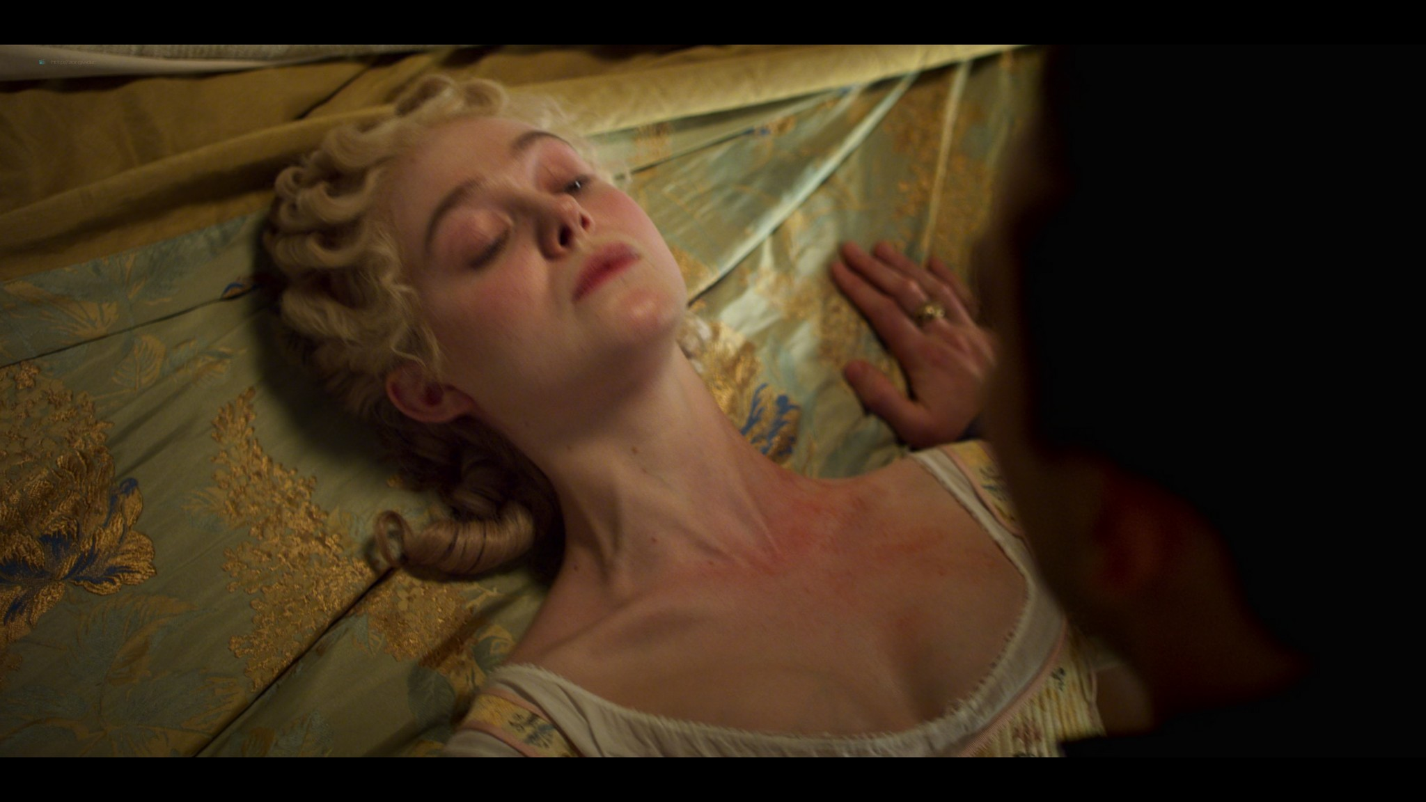 Elle Fanning hot some sex - The Great (2020) s1e5-10 UHD 1080-2160p (15)