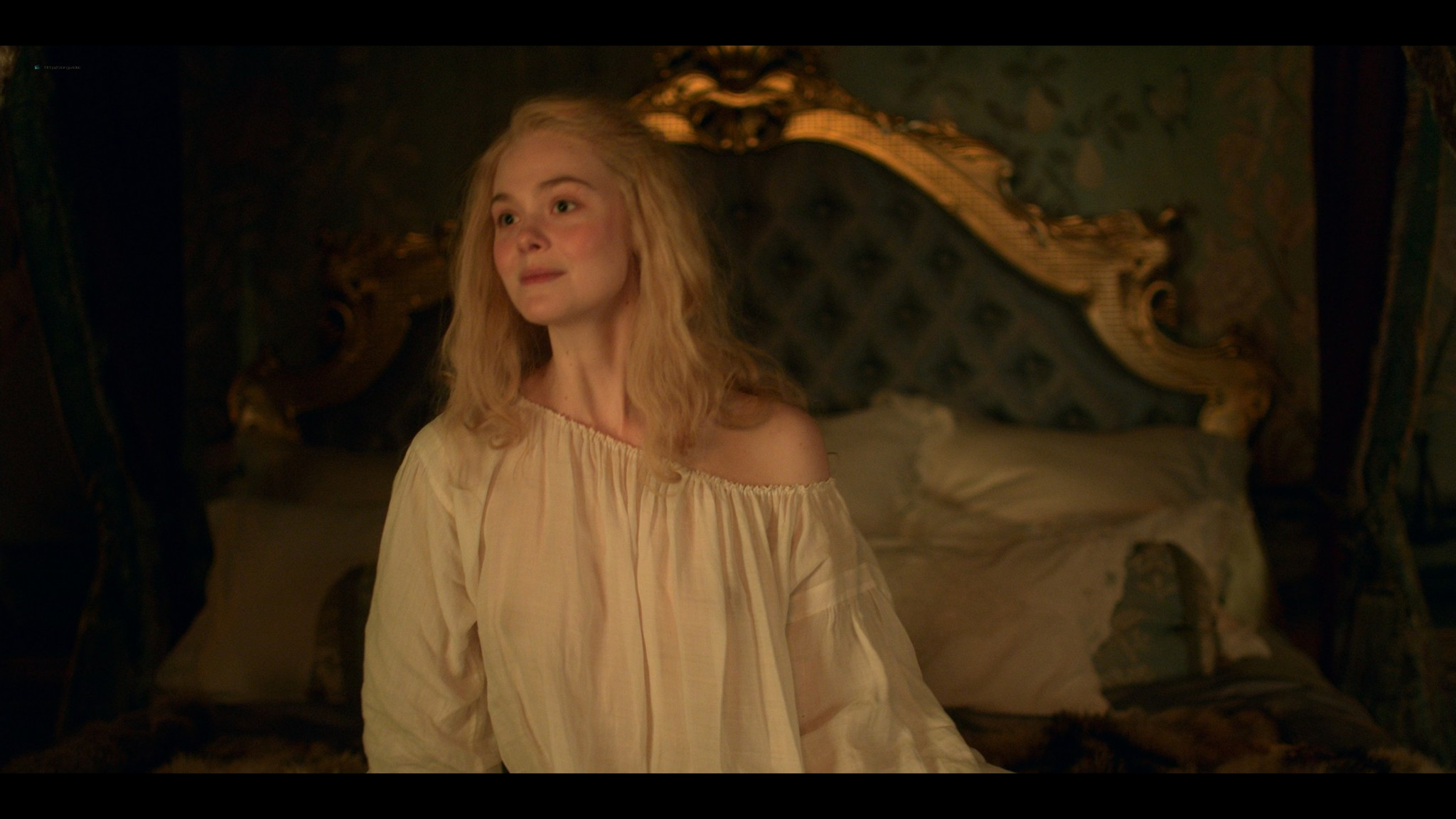 Elle Fanning nude butt and sex - The Great (2020) s1e1 UHD 2160p (12)
