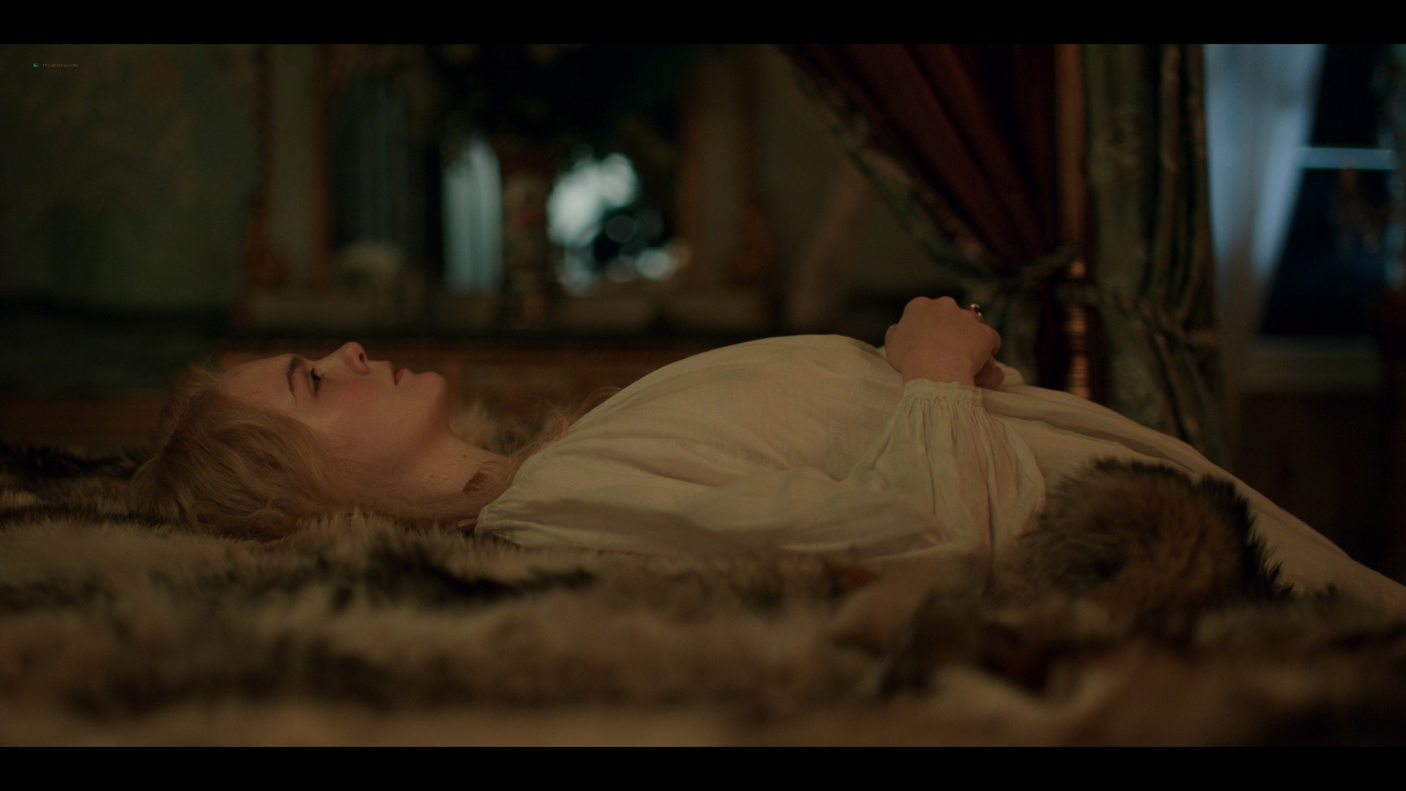Elle Fanning nude butt and sex - The Great (2020) s1e1 UHD 2160p (9)