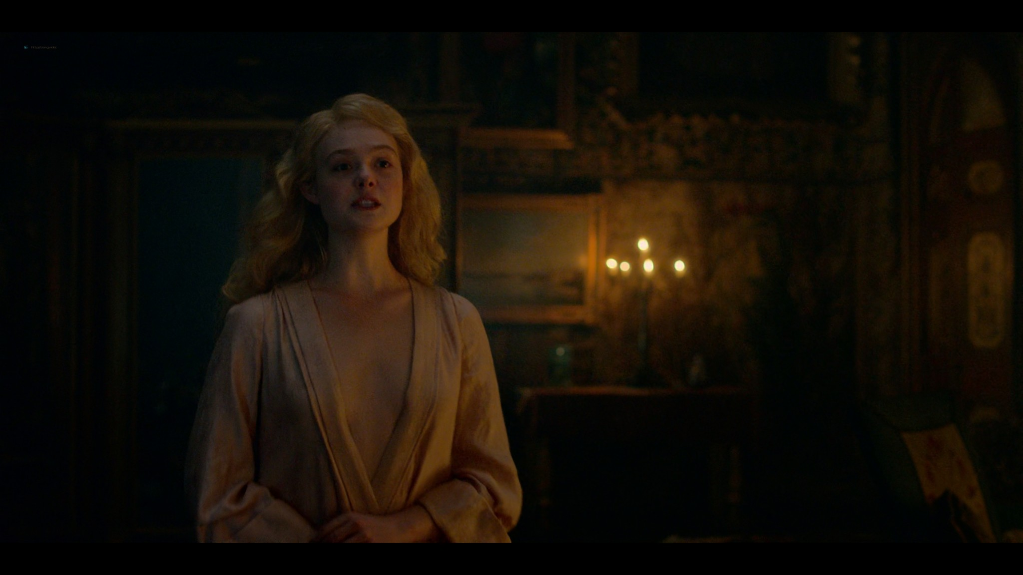 Elle Fanning nude butt and sex - The Great (2020) s1e1 UHD 2160p (6)