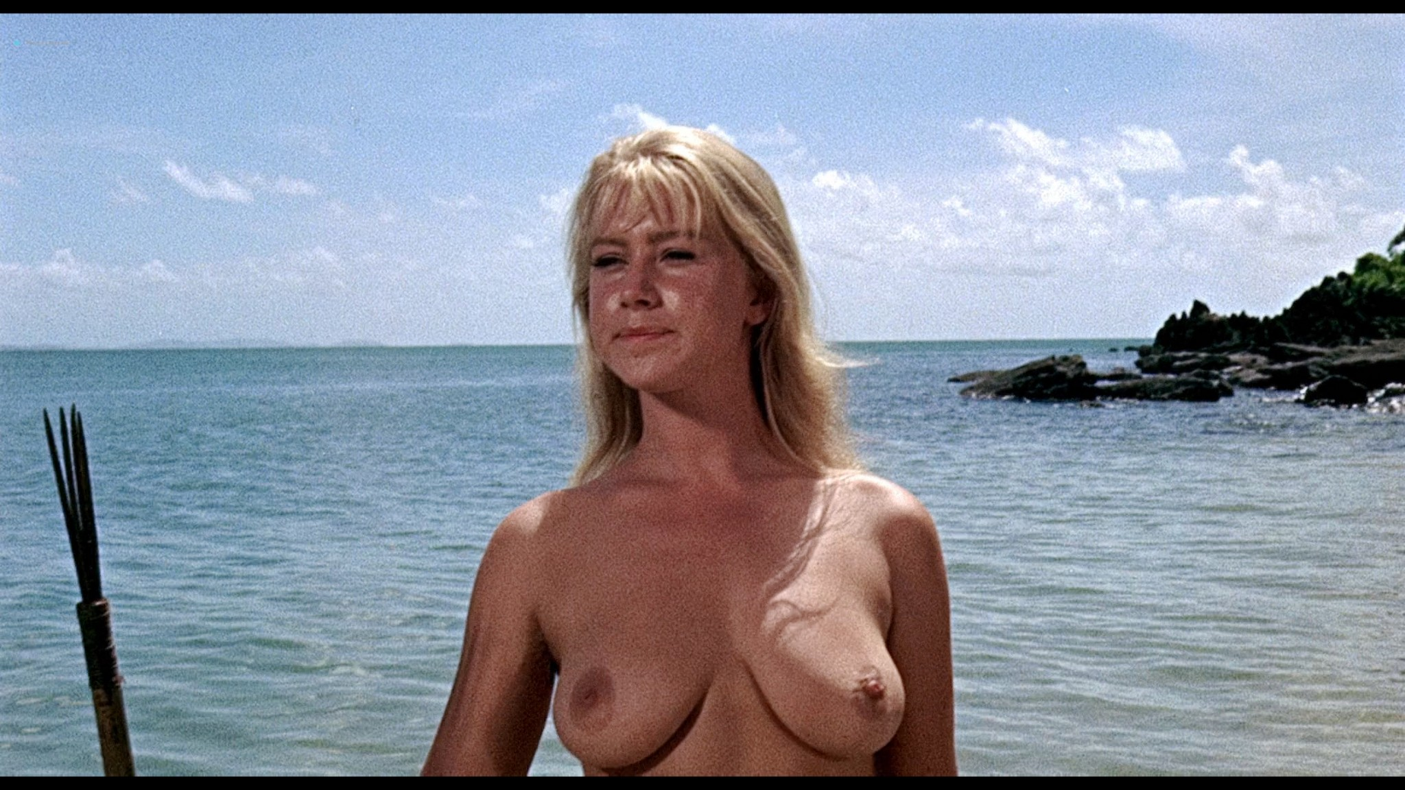 Helen Mirren nude skinny dipping Clarissa Kaye-Mason nude sex - Age of Consent (1969) HD 1080p BluRay Remux (4)