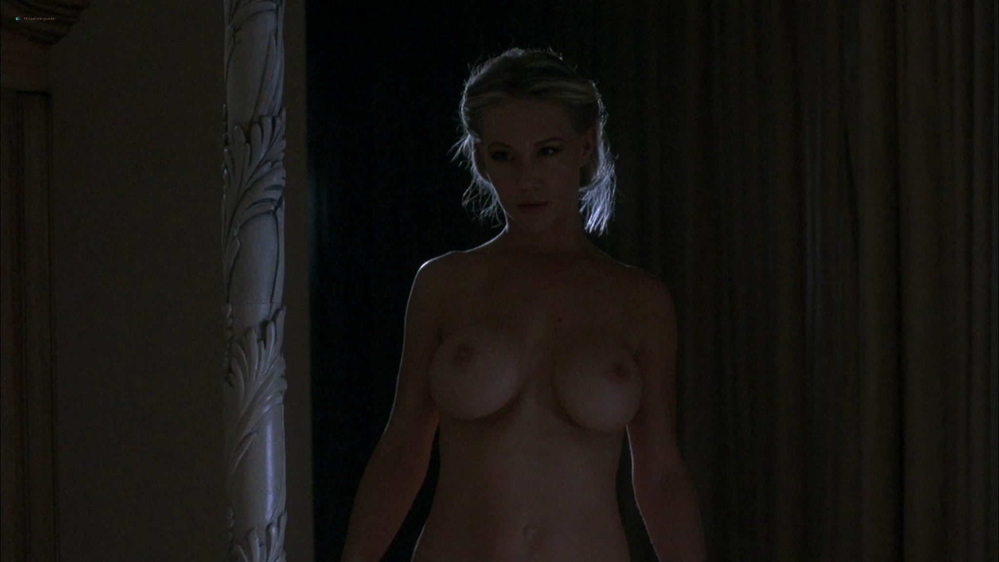 Kari Wuhrer wet and hot Amy Lindsay and others nude sex - Final Examination (2003) HD 1080p Web (5)