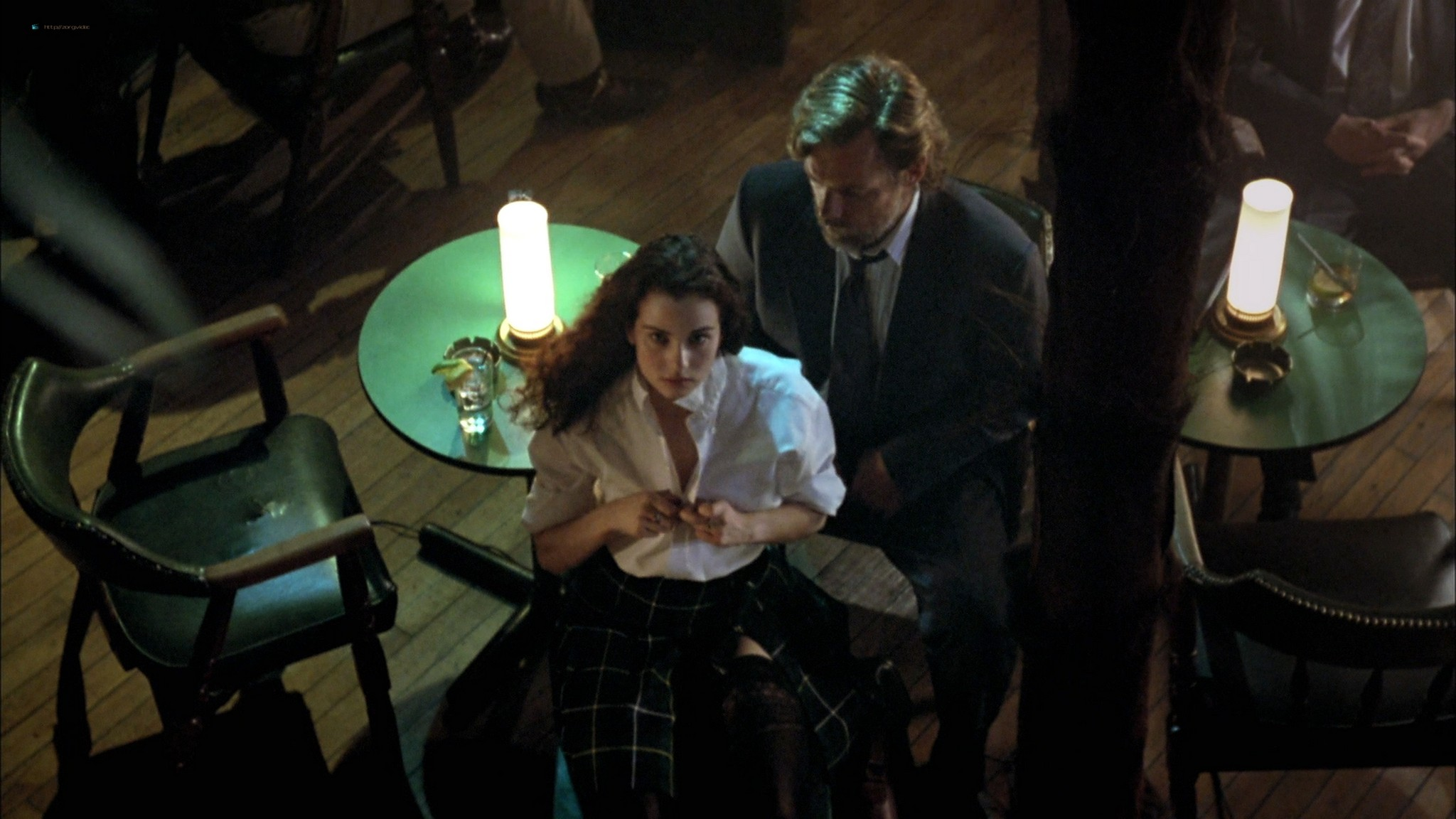 Mia Kirshner nude Arsinée Khanjian sexy - Exotica (1994) HD 1080p BluRay REMUX (17)