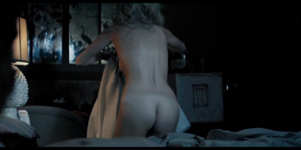 Samara Weaving nude butt and boobs Carly Chaikin sexy - Last Moment of Clarity (2020) HD 1080p (4)