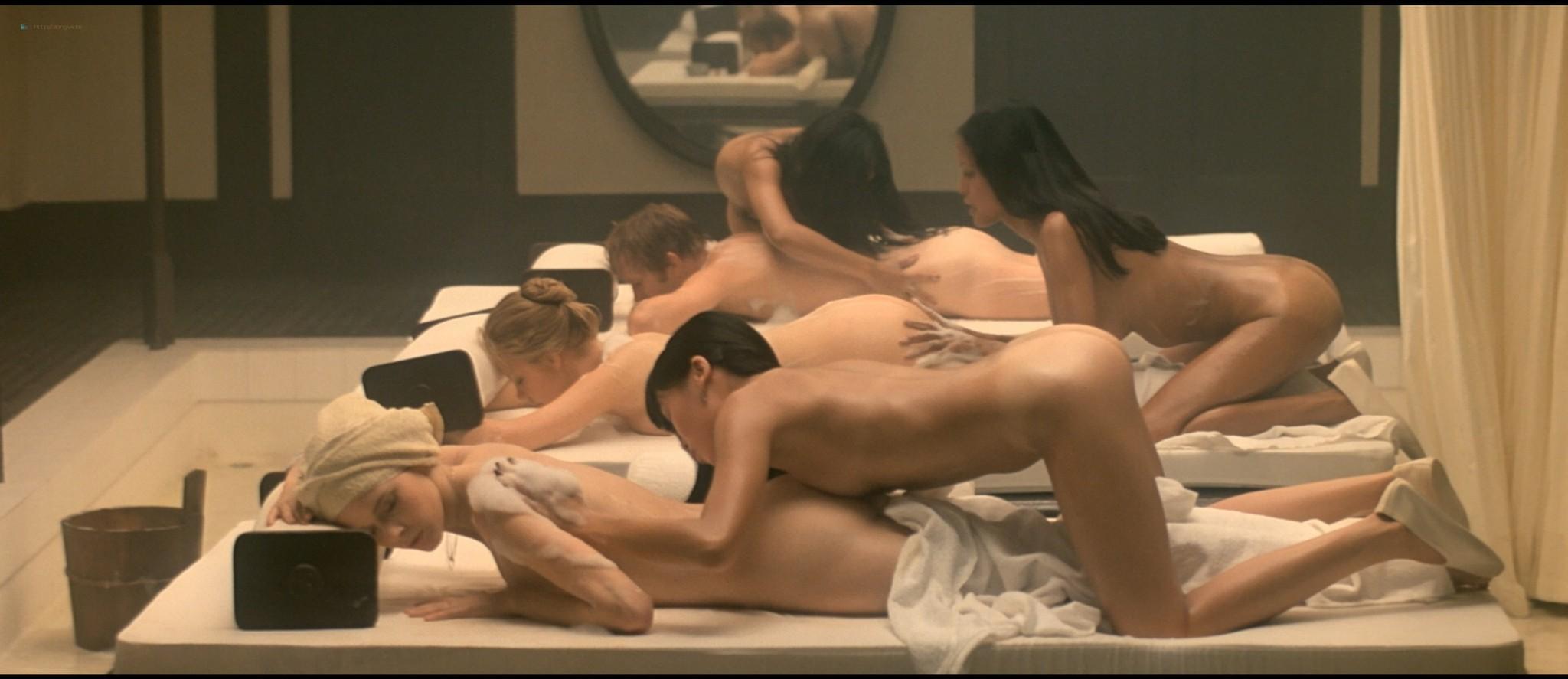 Sylvia Kristel nude sex threesome Catherine Rivet, Laura Gemser nude - Emmanuelle 2 (1975) HD 1080p REMUX (23)
