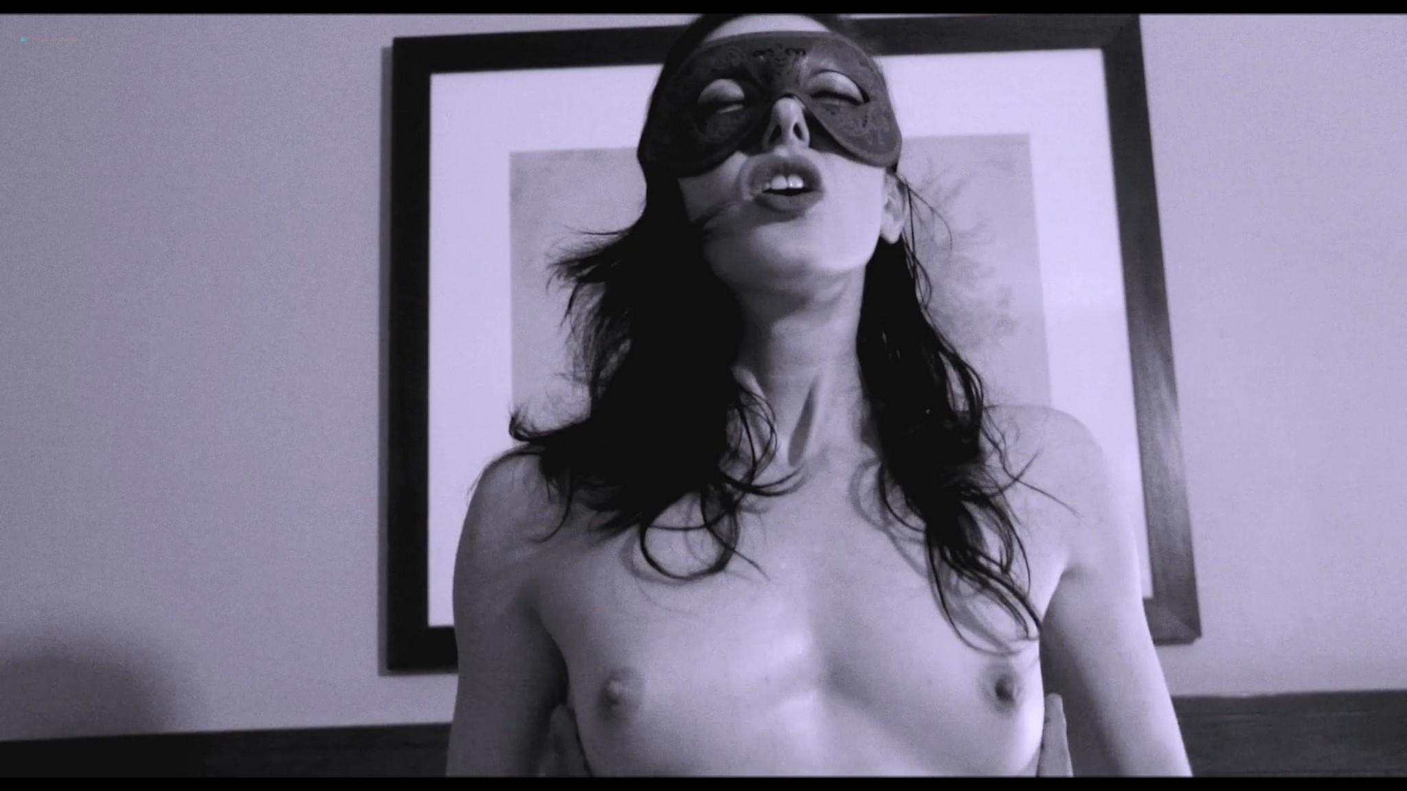 Tristan Risk nude full frontal Jessie Crabbe nude lesbian sex - Odissea della Morte (2018) HD 1080p Web (14)