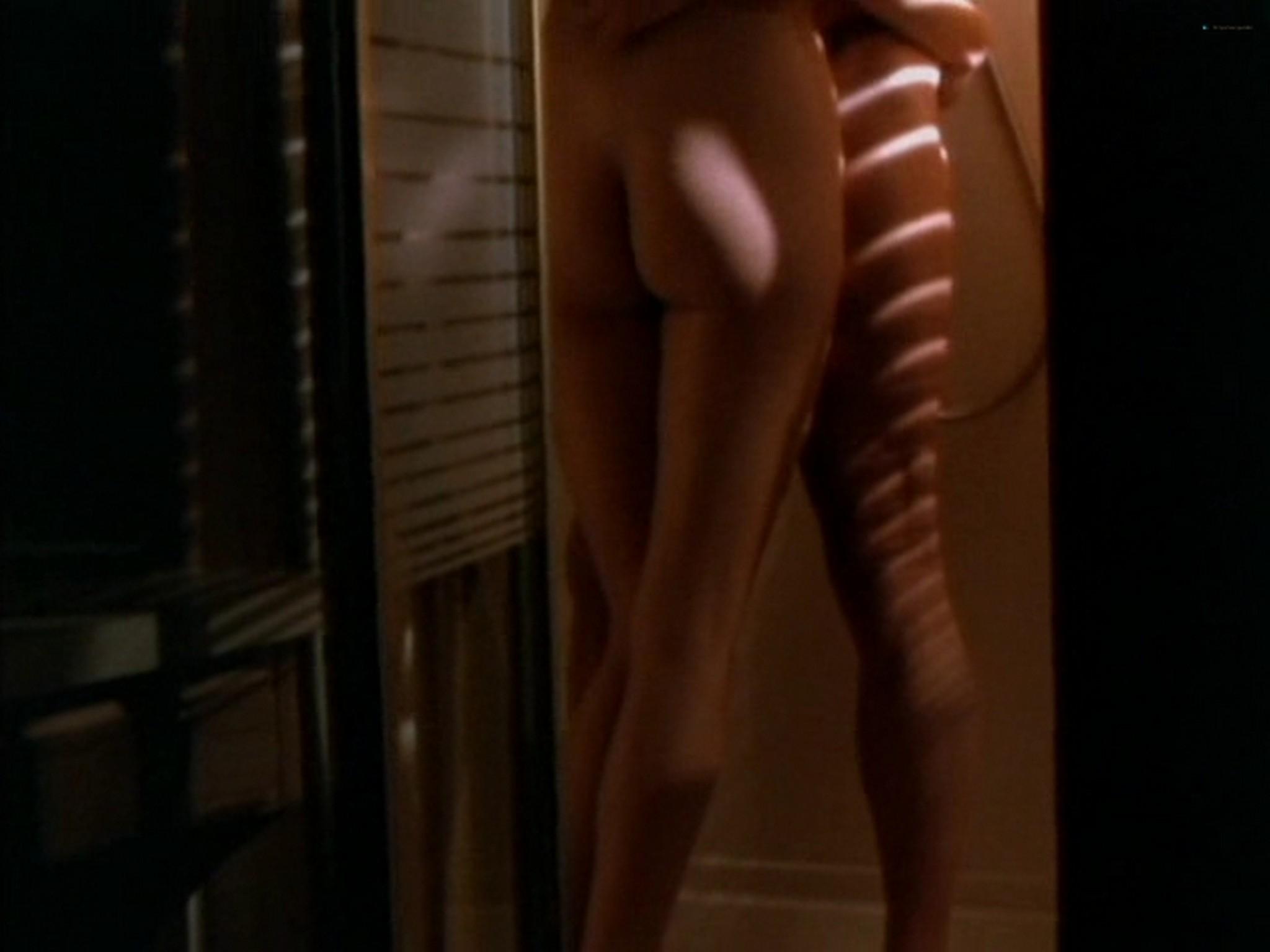 Camilla More nude sex Tawny Kitaen sex - Dead Tides (1997) (6)