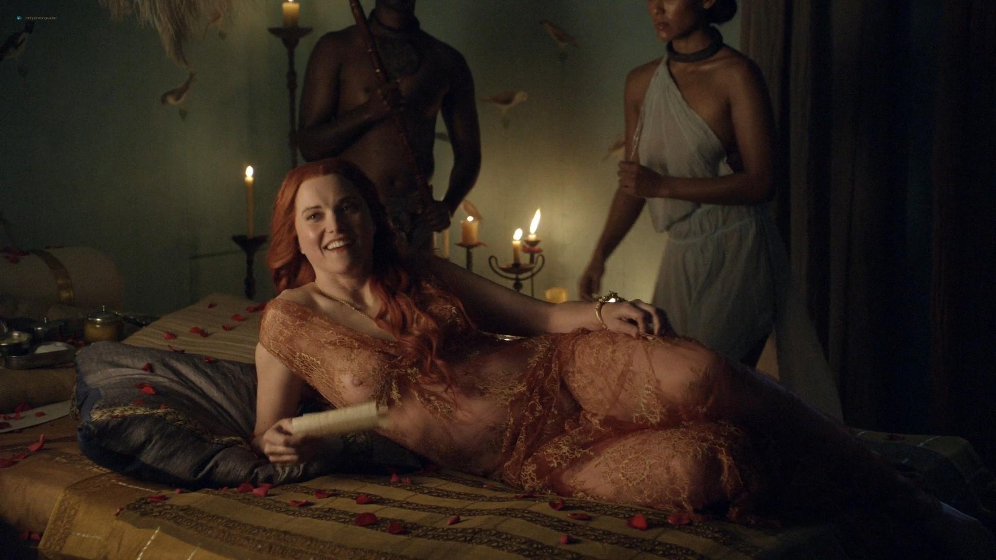 Lucy Lawless nude sex Erin Cummings, Aria Dickson nude too - Spartacus - Sacramentum Gladiatorum (2010) s1e2 HD 1080p (8)
