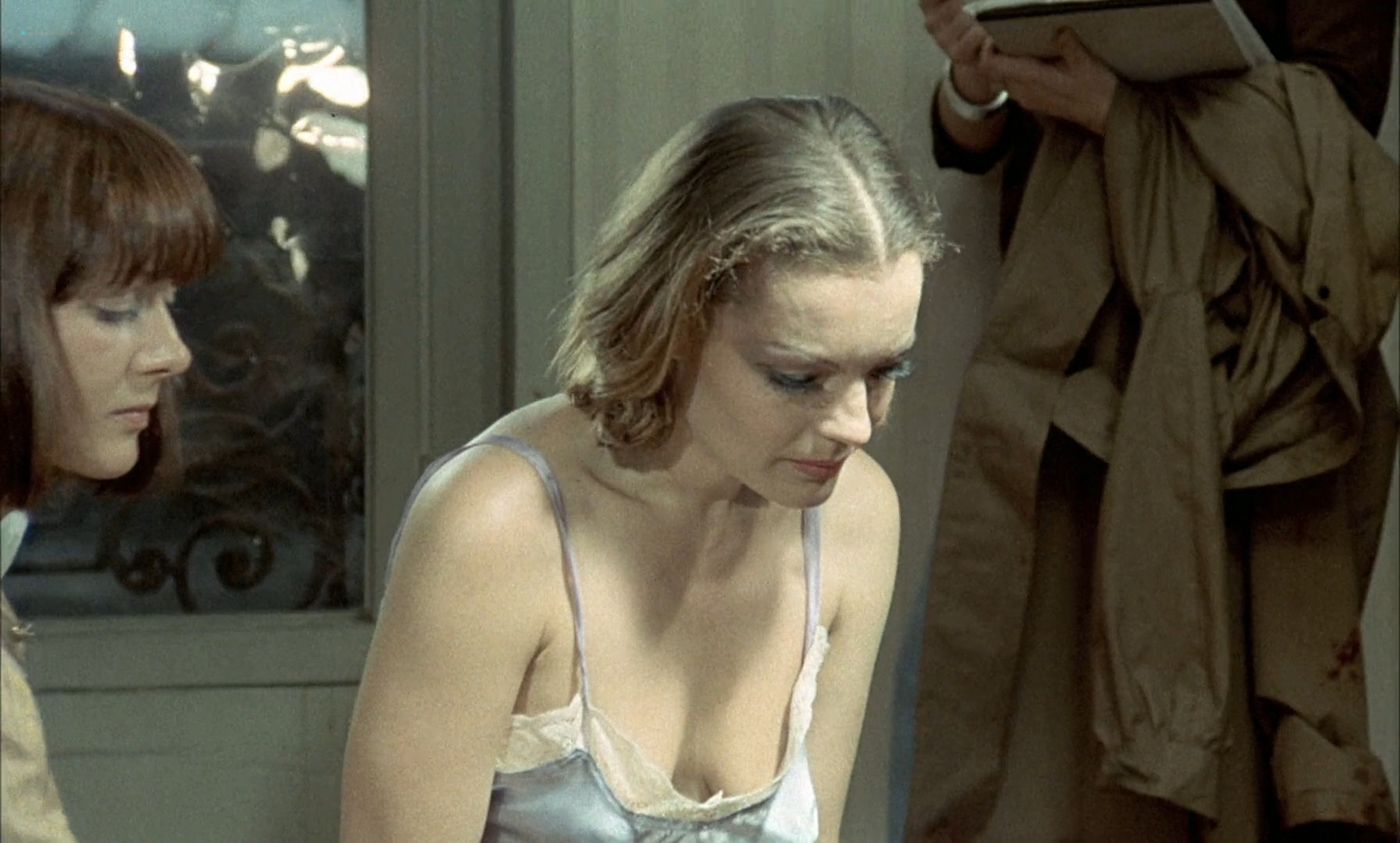 Romy Schneider nude butt Nadia Vasil bush others orgy - L'important c'est d'aimer (FR-1975) HD 1080p BluRay (17)