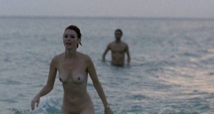 Allison Smith nude full frontal Hedy Burress full frontal too - Los años bárbaros (ES-1998) HD 1080p Web (4)