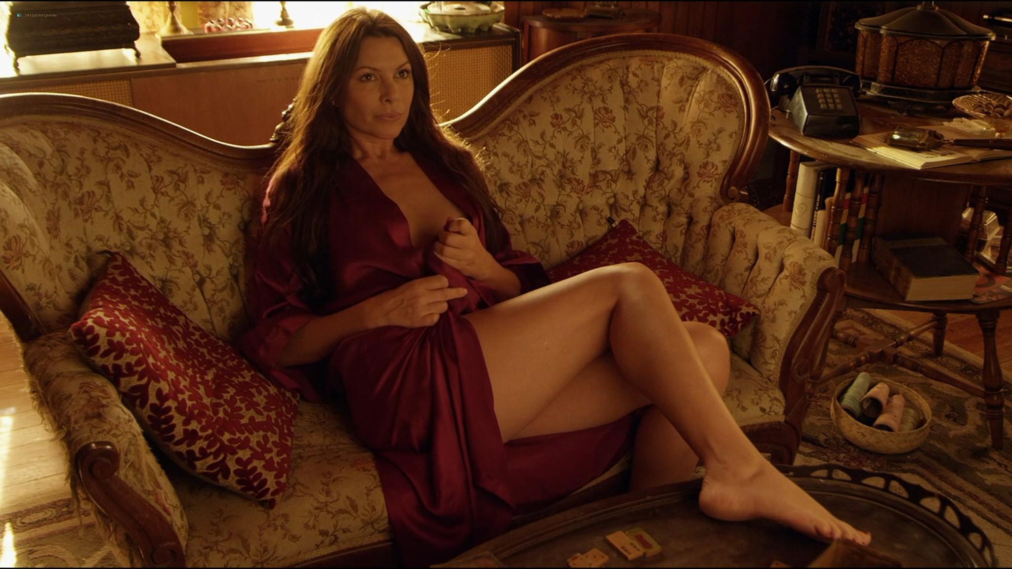 Kari Wuhrer nude Mia Serafino, Mary Anthony sexy - Secrets of a Psychopath (2013) HD 1080p Web (11)