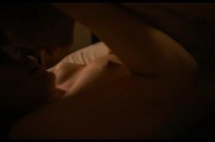Lea Freund nude topless and sex - Zwischen uns die Mauer (DE-2019) HD 1080p BluRay (5)