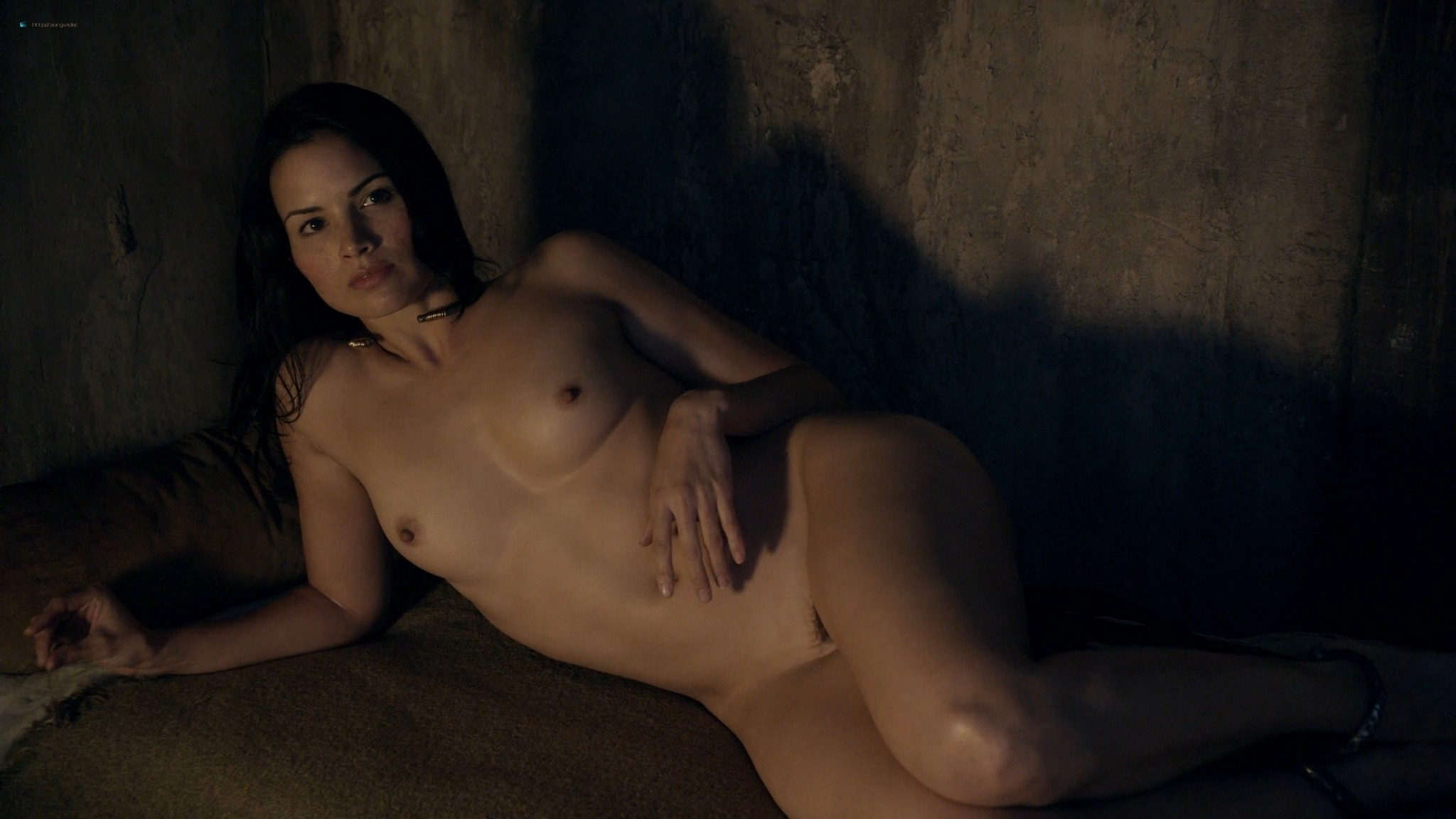 Lucy Lawless nude Katrina Law full-frontal Viva Bianca, etc nude - Spartacus (2010) Whore s1e9 HD 1080p BluRay (14)